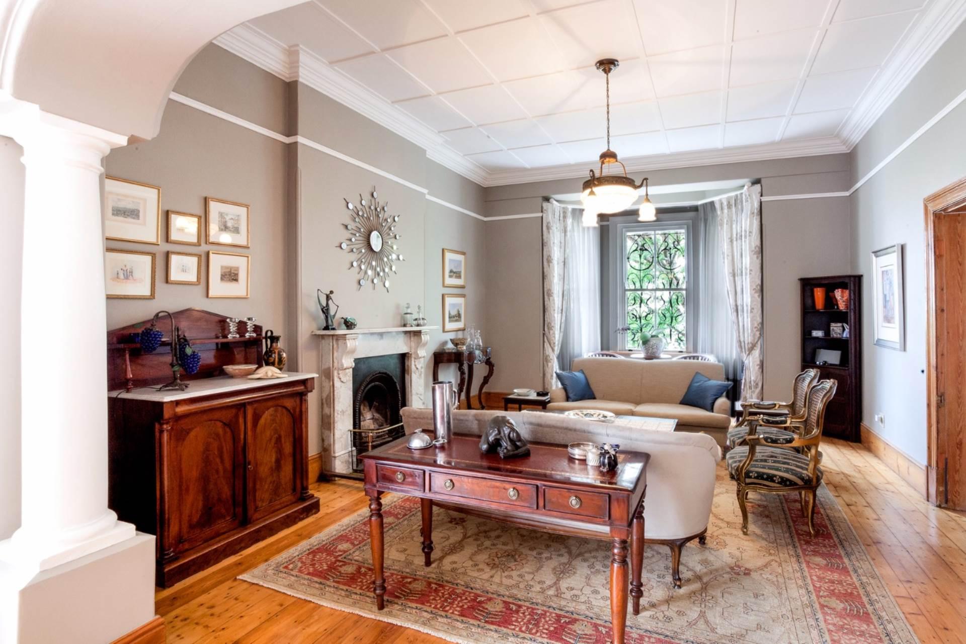 Oranjezicht property for sale. Ref No: 13554333. Picture no 4