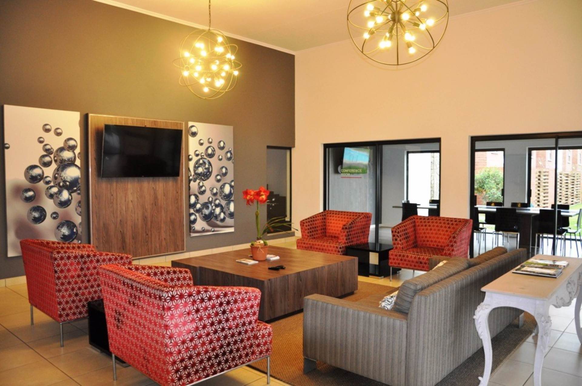 3 BedroomFlat To Rent In Greenstone Hill