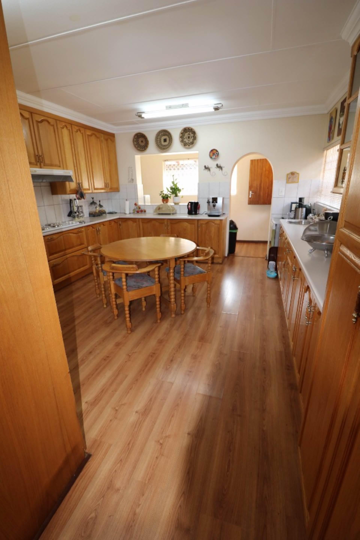 Constantia Park property for sale. Ref No: 13554702. Picture no 2