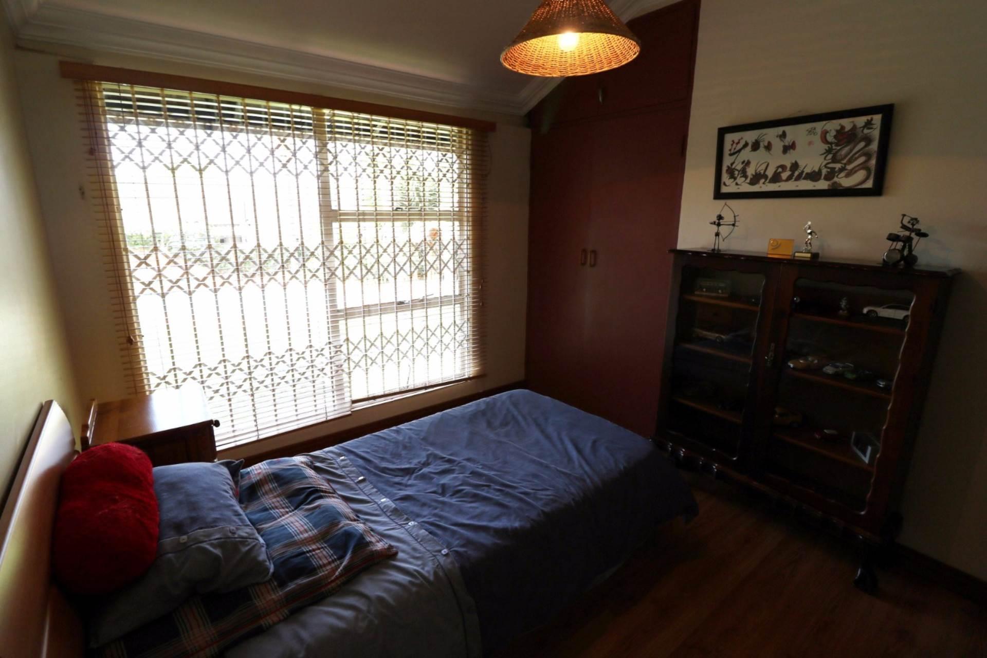 Constantia Park property for sale. Ref No: 13554702. Picture no 15
