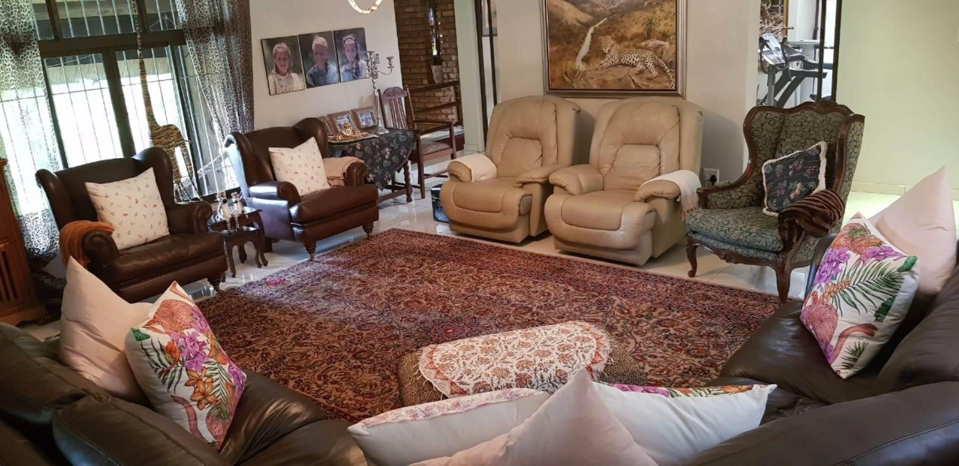 6 BedroomHouse For Sale In Meer En See