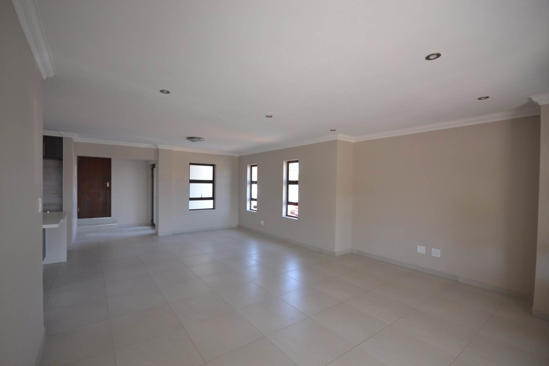 Olympus property for sale. Ref No: 13555130. Picture no 8