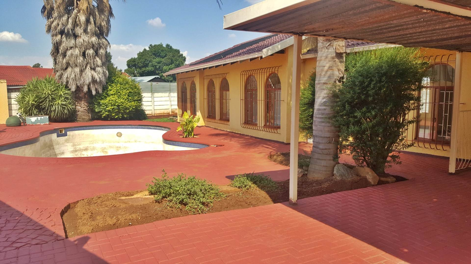 3 BedroomHouse For Sale In Brakpan North