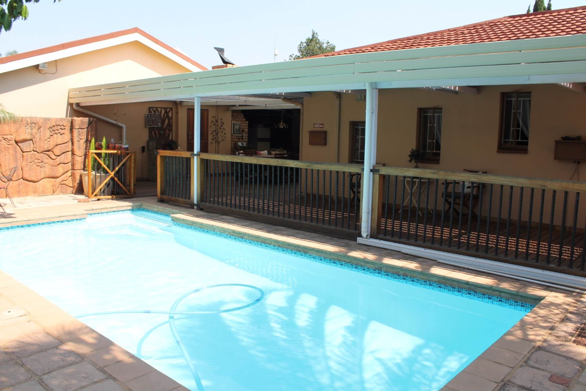 Property and Houses for sale in Karenpark, House, 4 Bedrooms - ZAR 1,550,000
