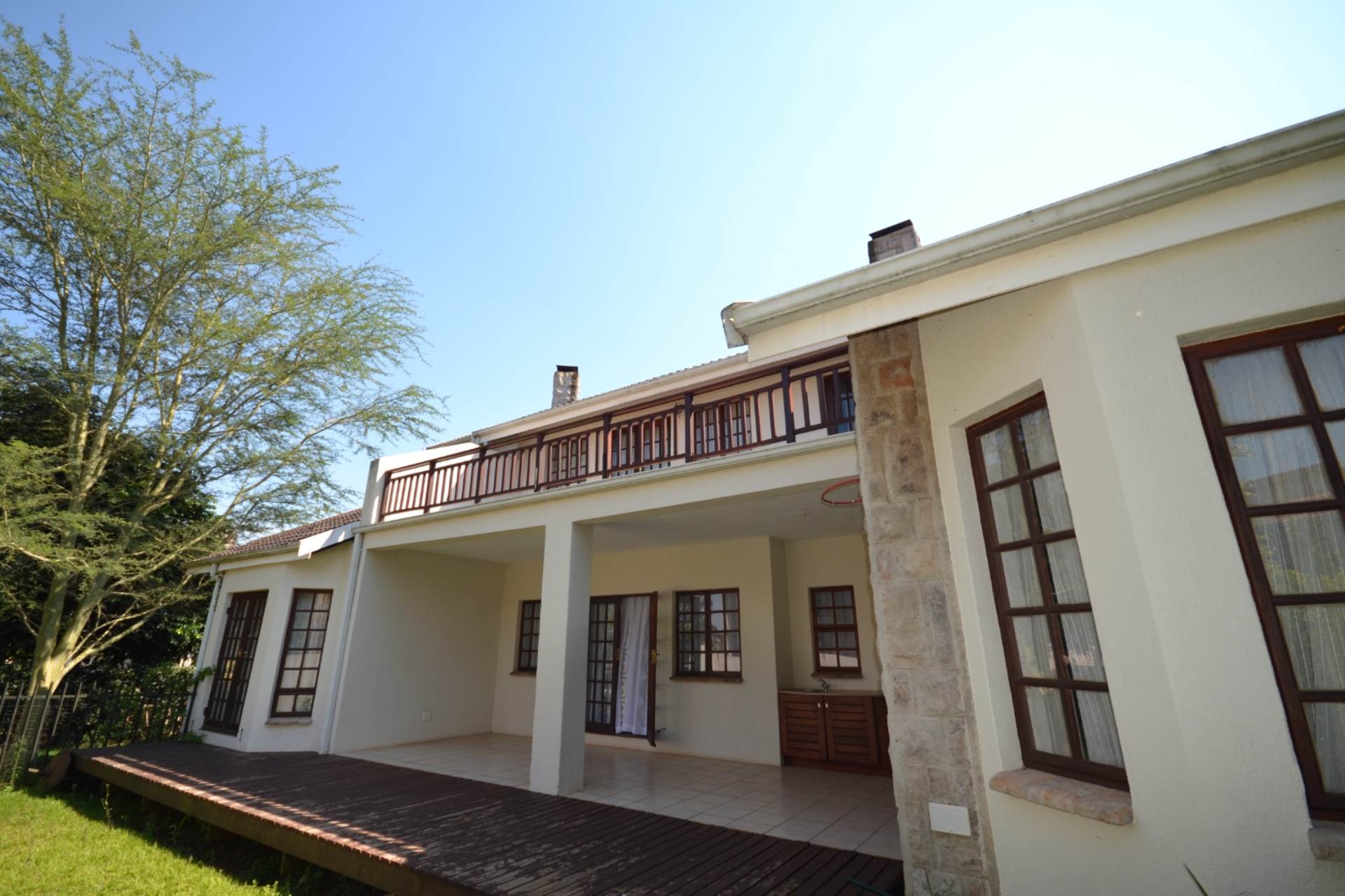 4 BedroomCluster For Sale In White River