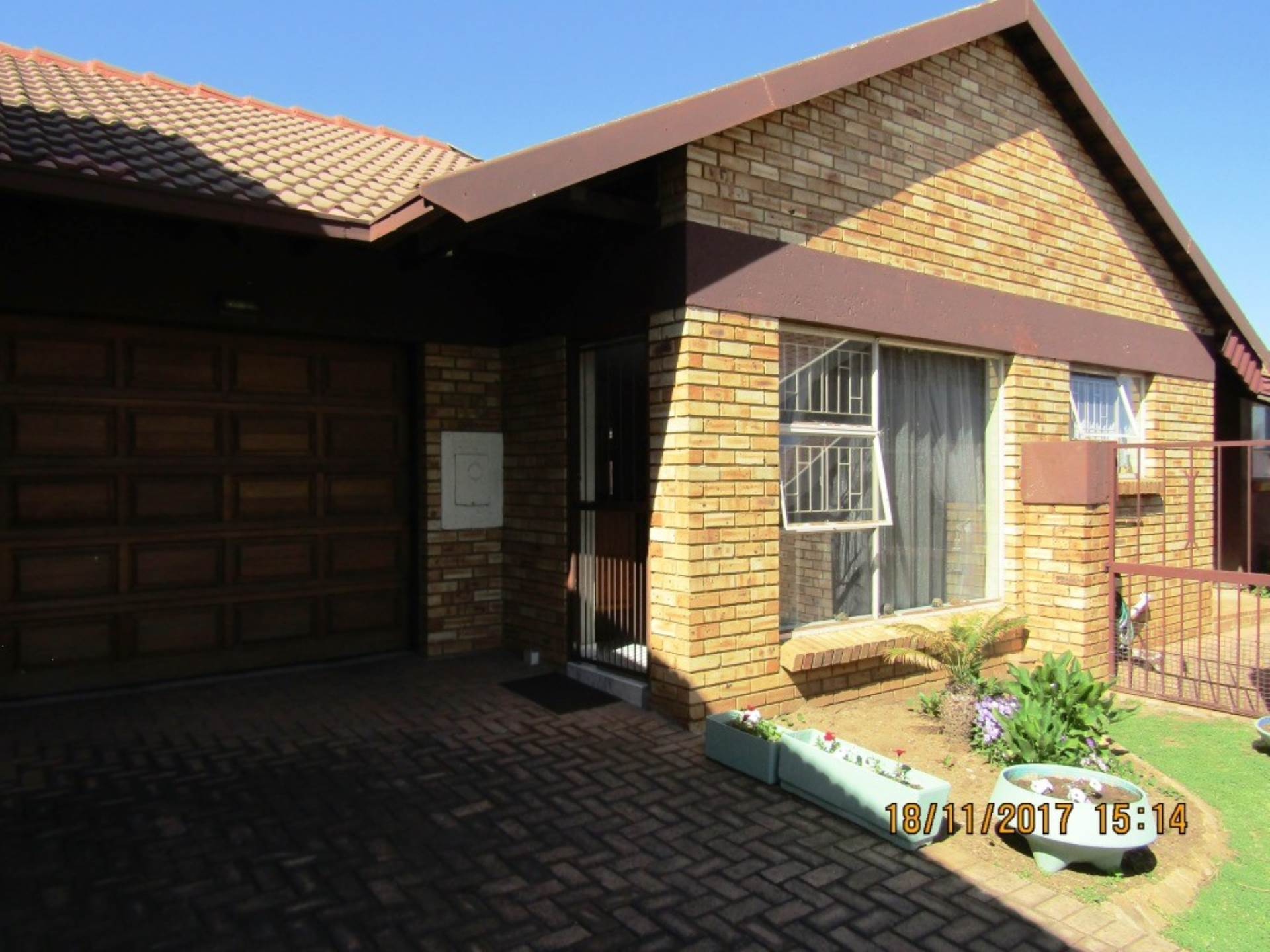 2 BedroomTownhouse For Sale In Sonneveld