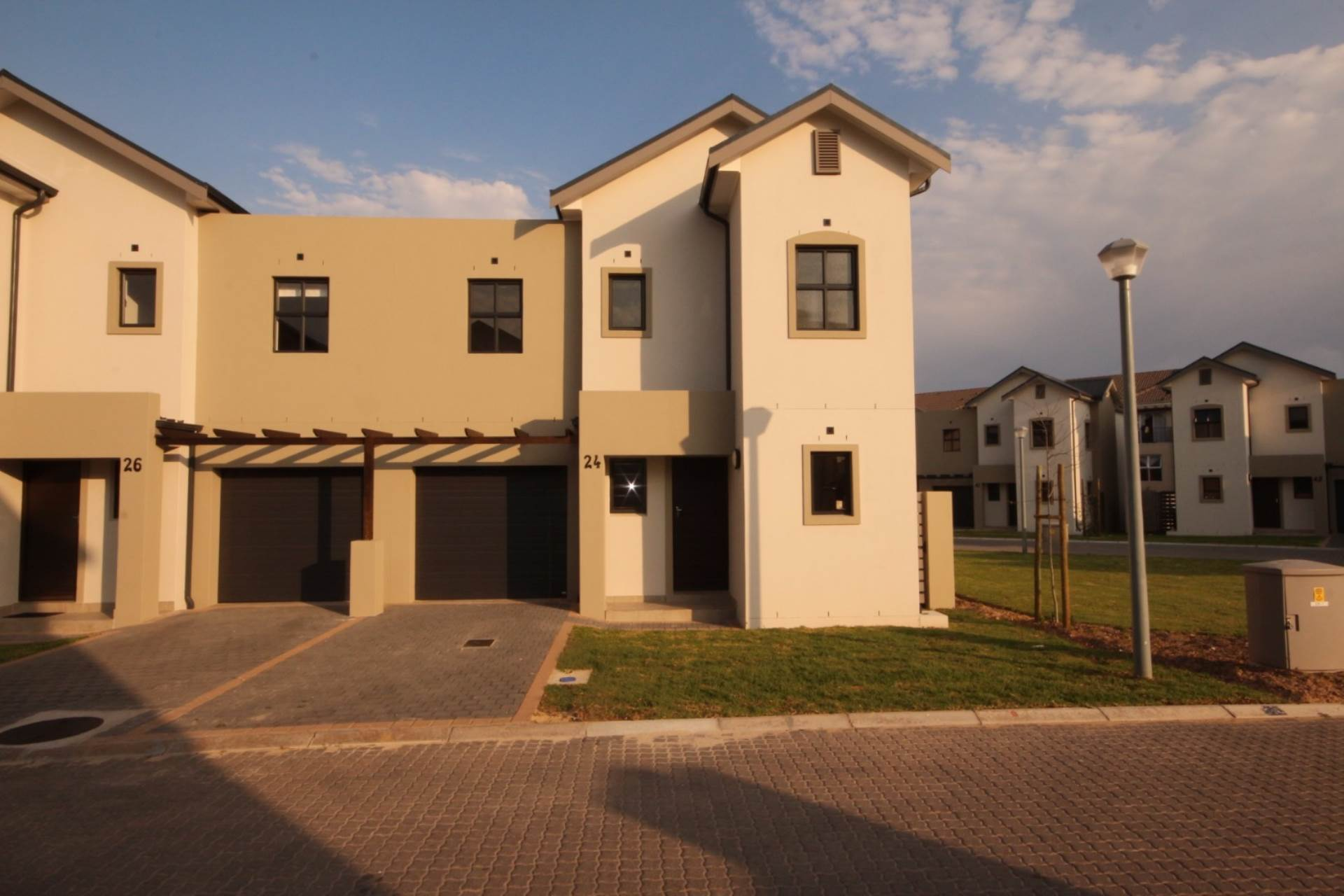 3 BedroomTownhouse For Sale In Buh Rein Estate