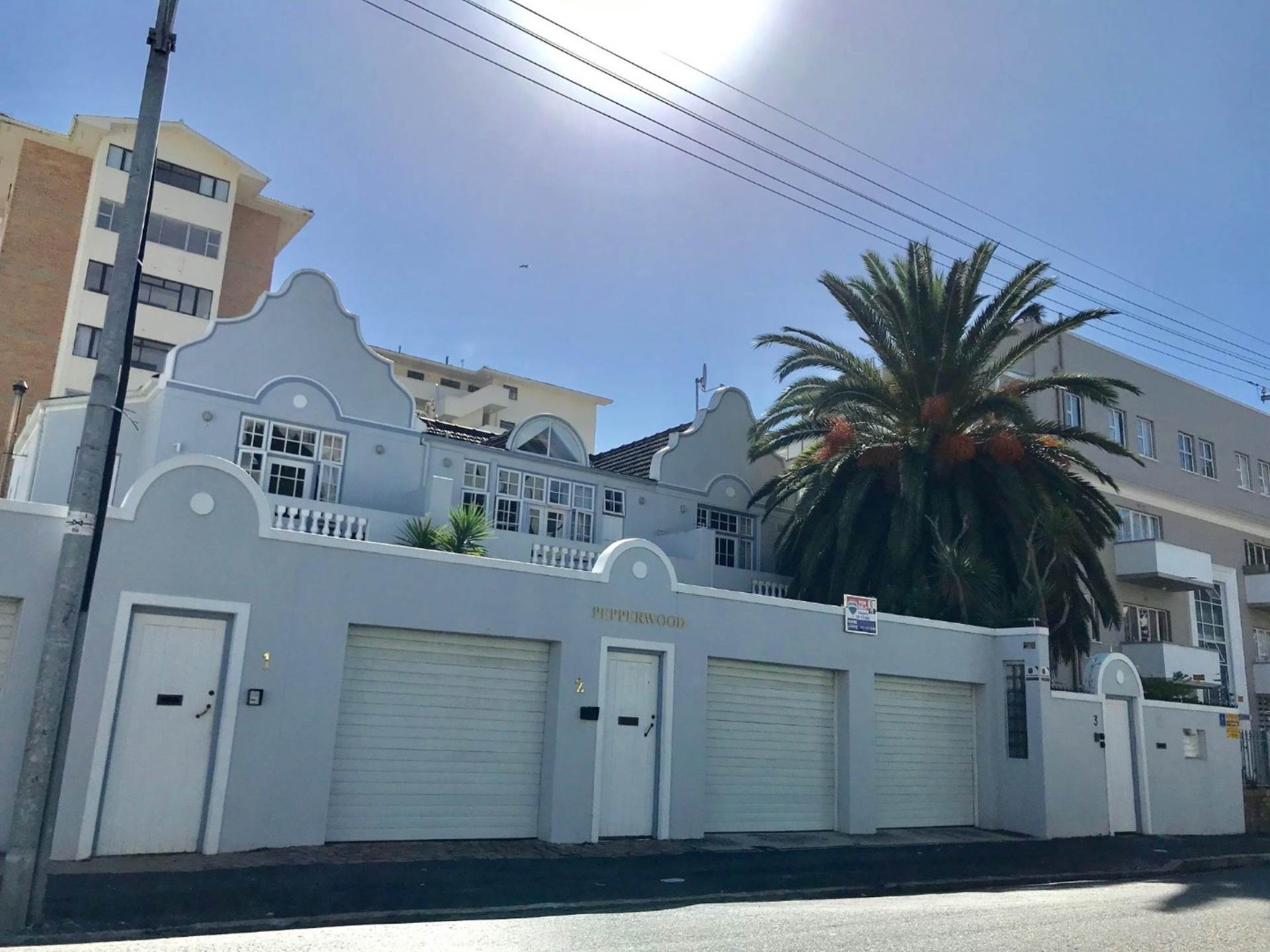 Sea Point property for sale. Ref No: 13561353. Picture no 1