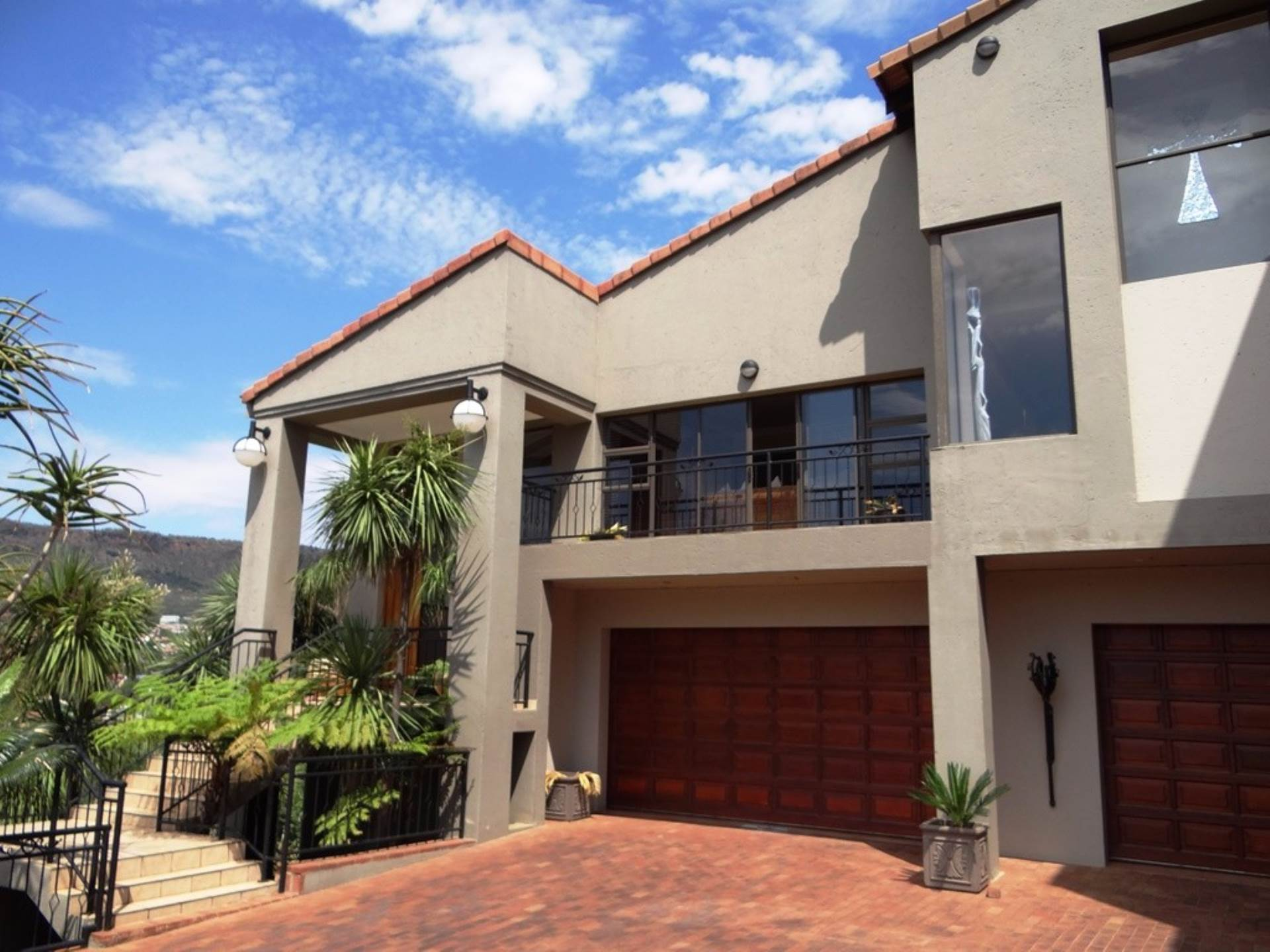 4 BedroomHouse To Rent In Ruimsig Country Estate