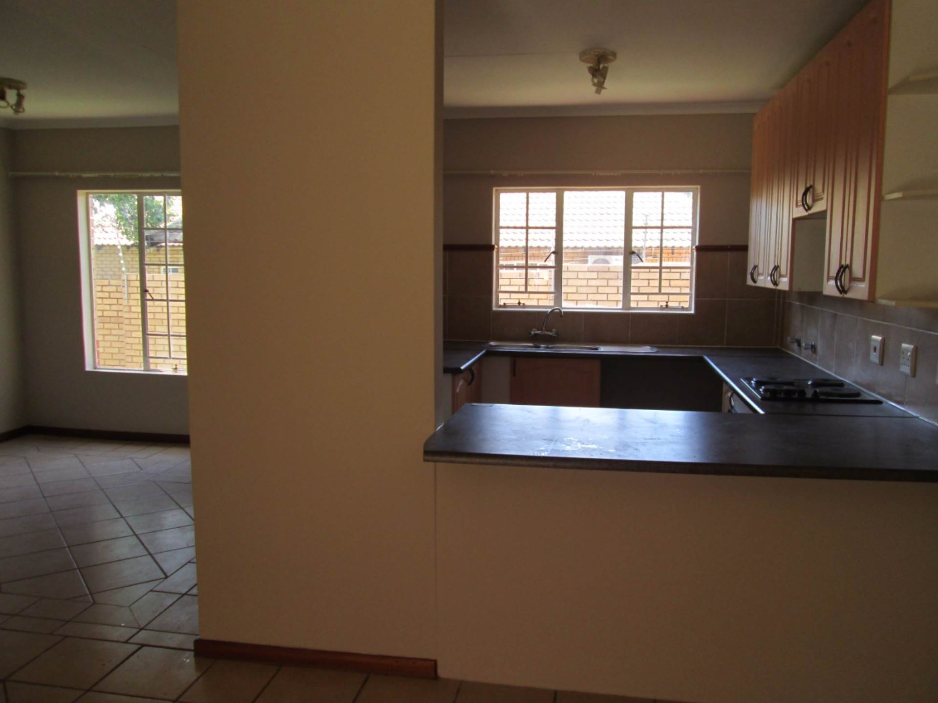 Moreleta Park property to rent. Ref No: 13561959. Picture no 6