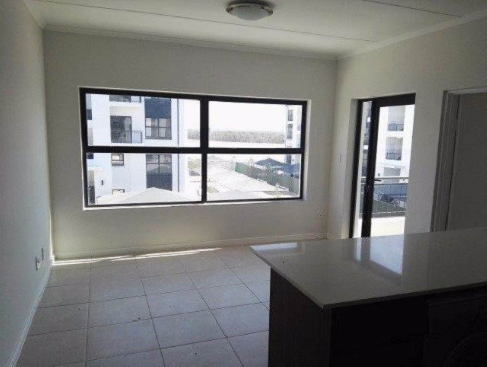 1 BedroomApartment To Rent In Table View