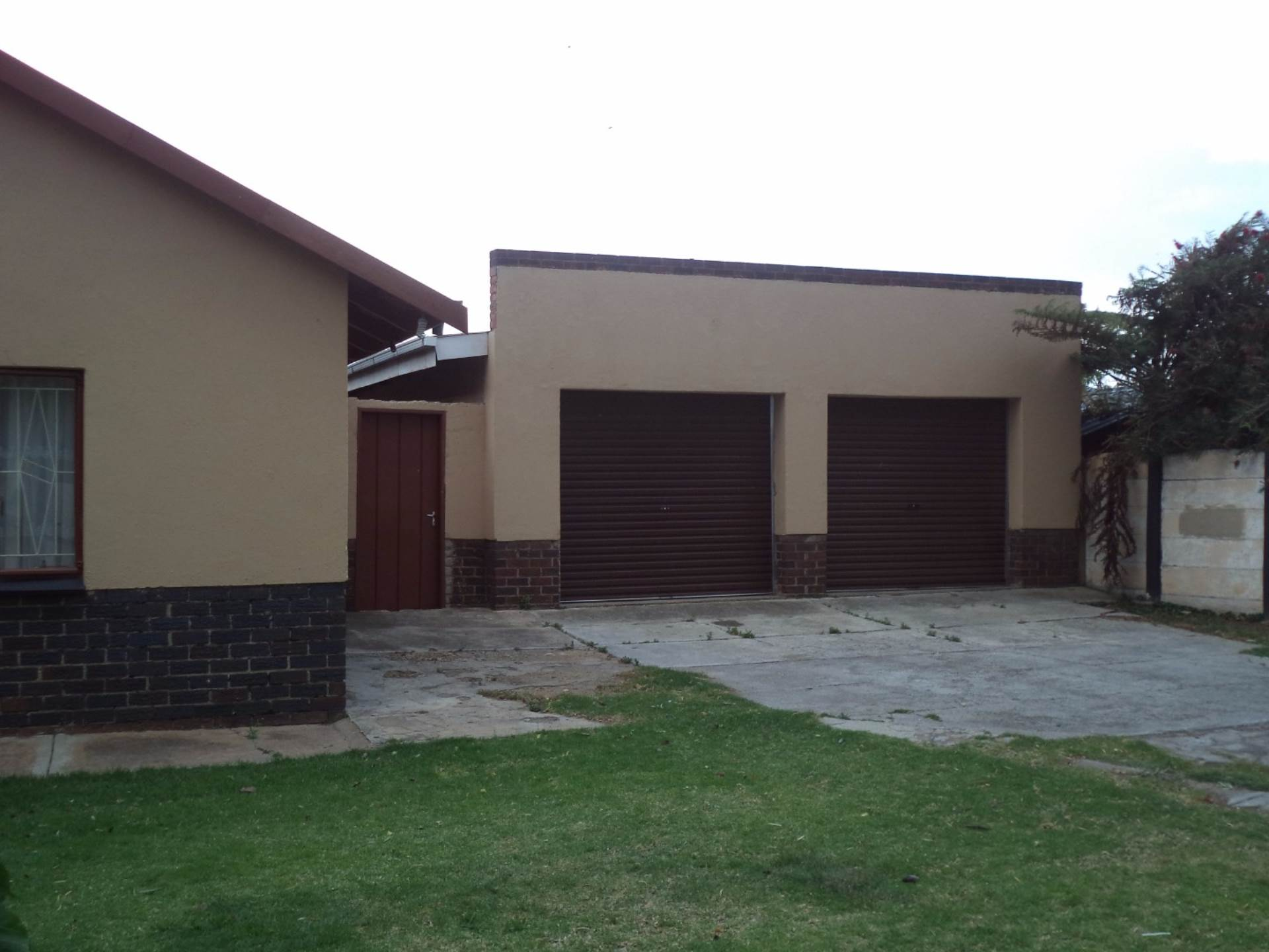 3 BedroomHouse For Sale In Dal Fouche