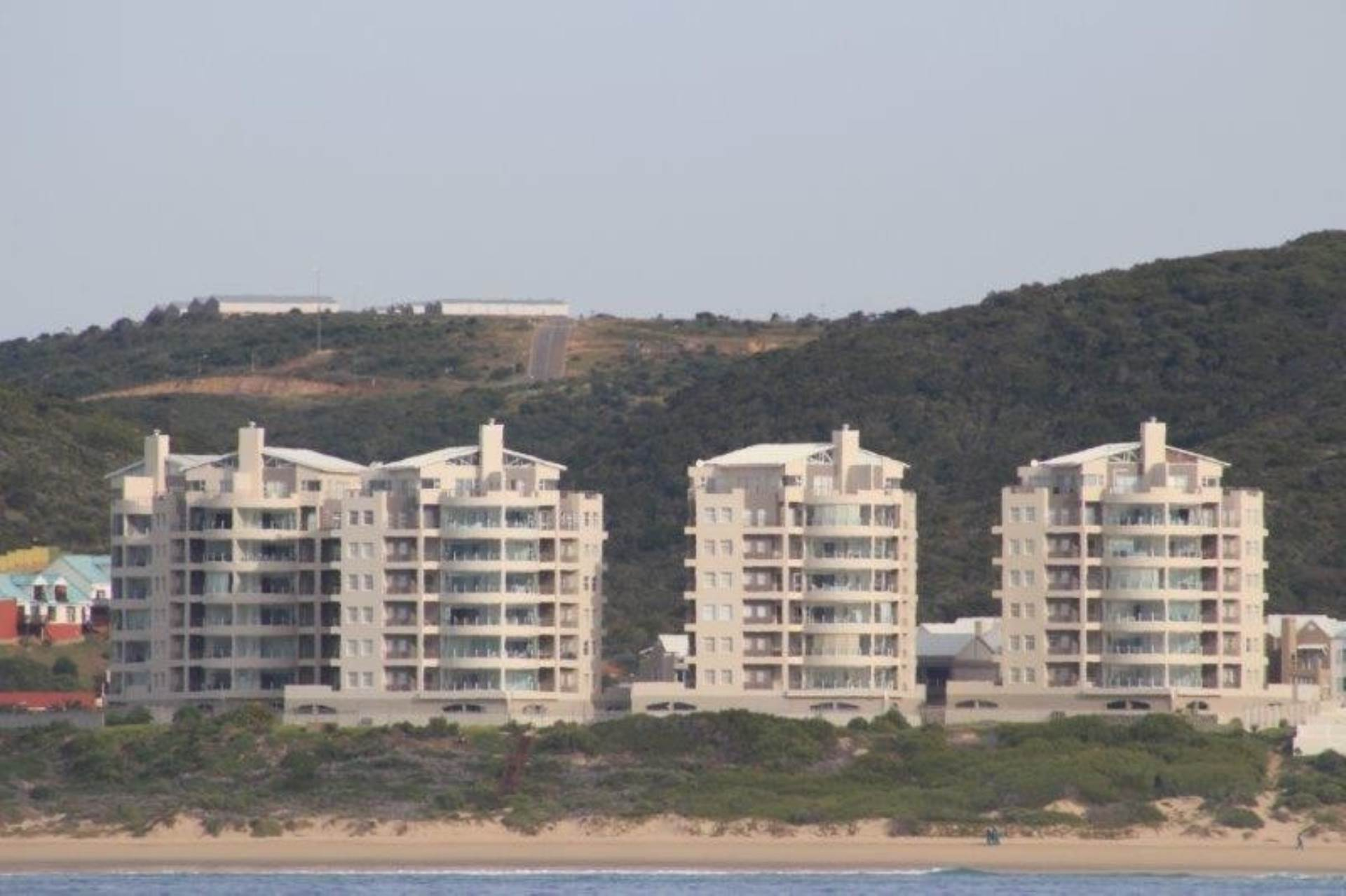 Apartment To Rent In Diaz Beach