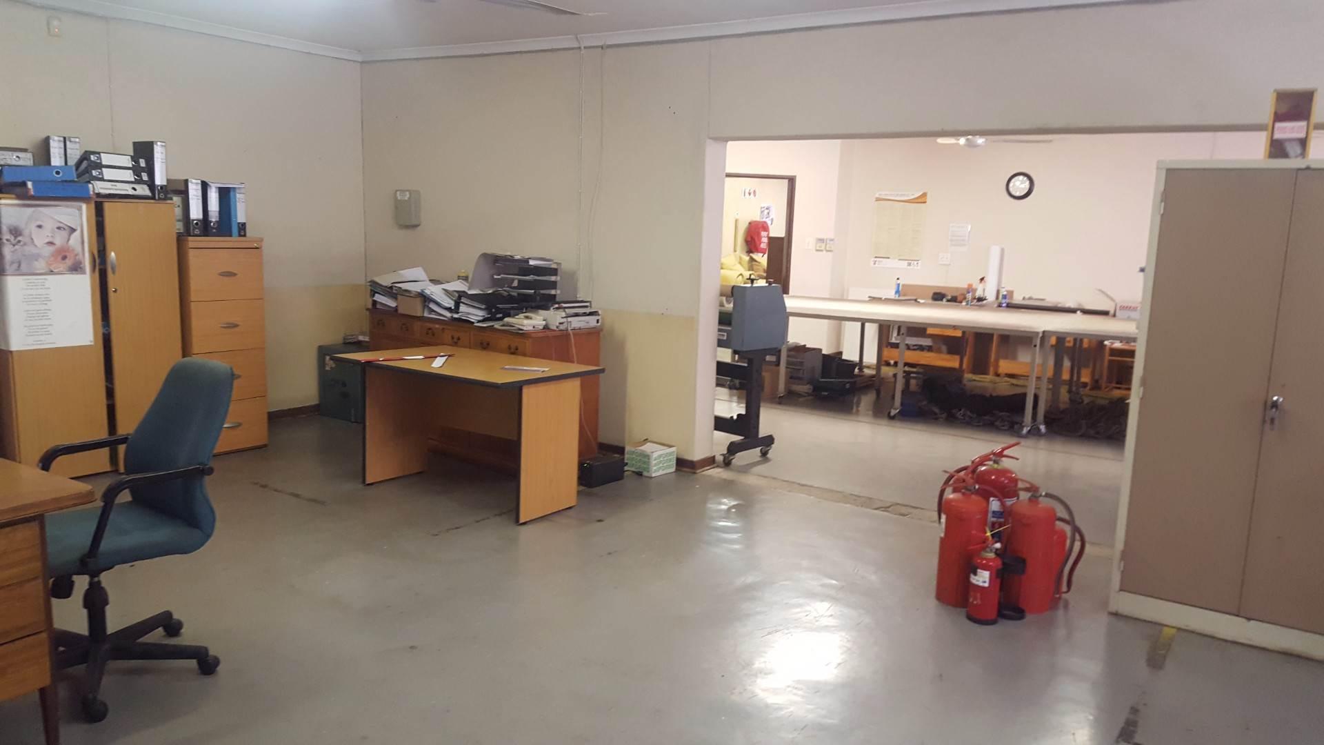 Office To Rent In Senderwood