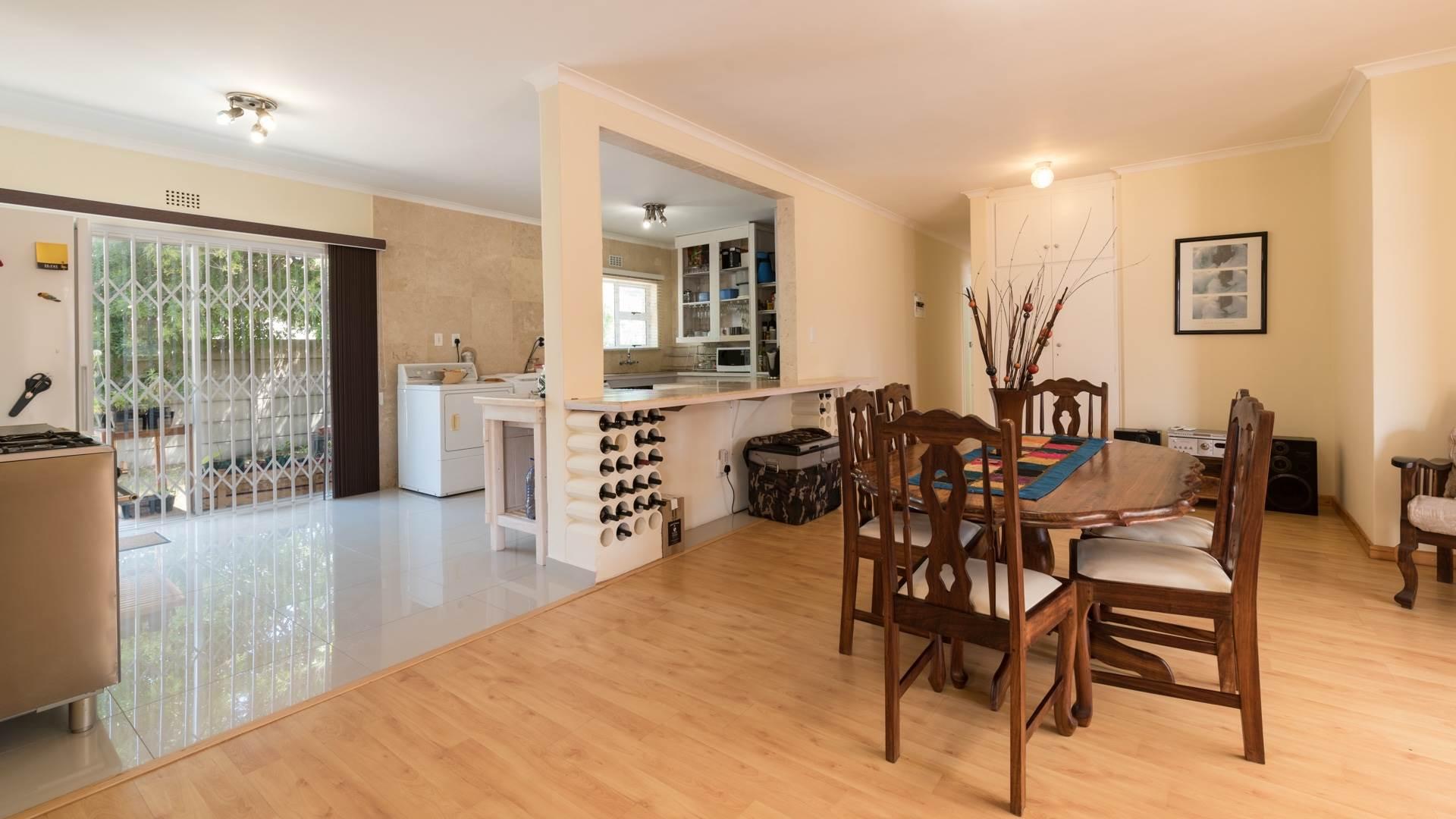 4 BedroomHouse For Sale In Van Riebeeckstrand
