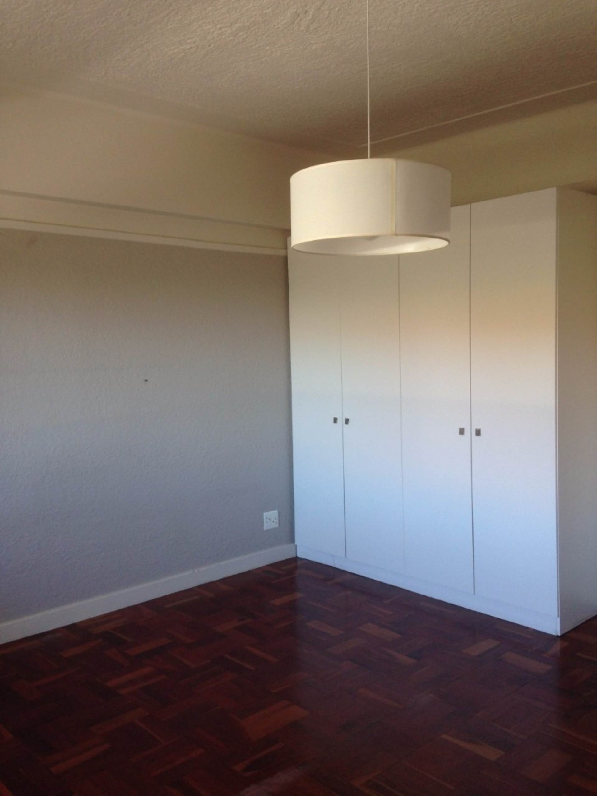 Sea Point property to rent. Ref No: 13563102. Picture no 2