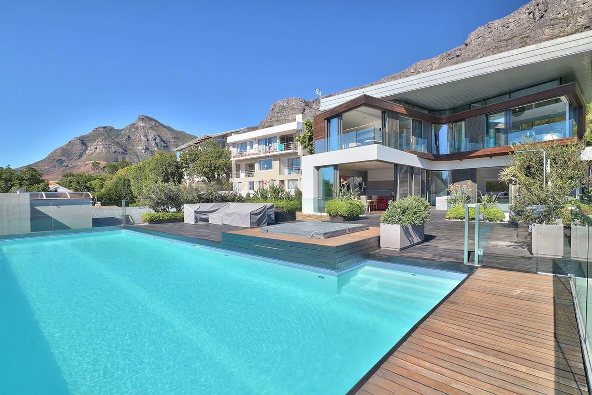 Higgovale property for sale. Ref No: 13563101. Picture no 2