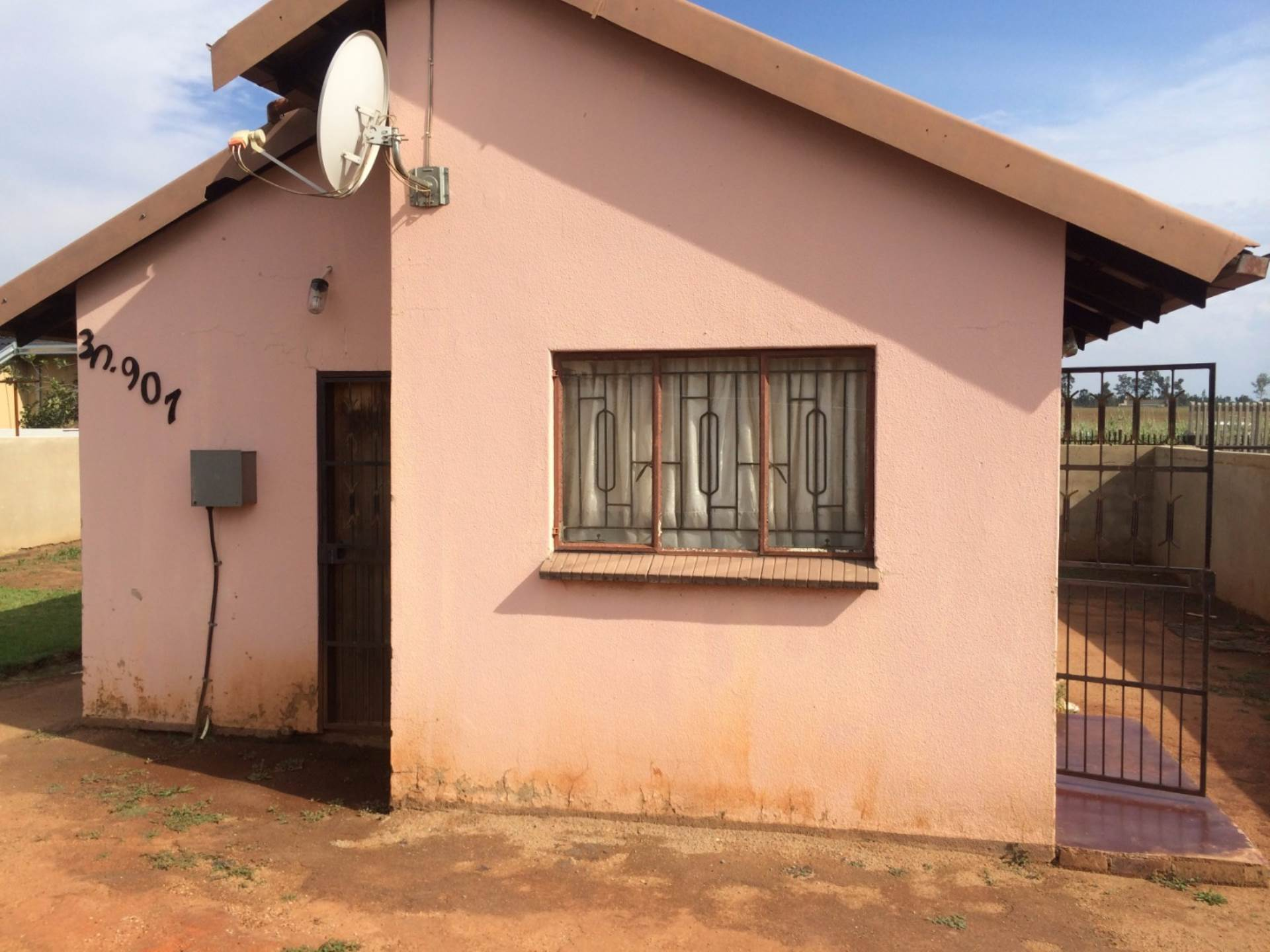 2 BedroomHouse For Sale In Daveyton & Ext