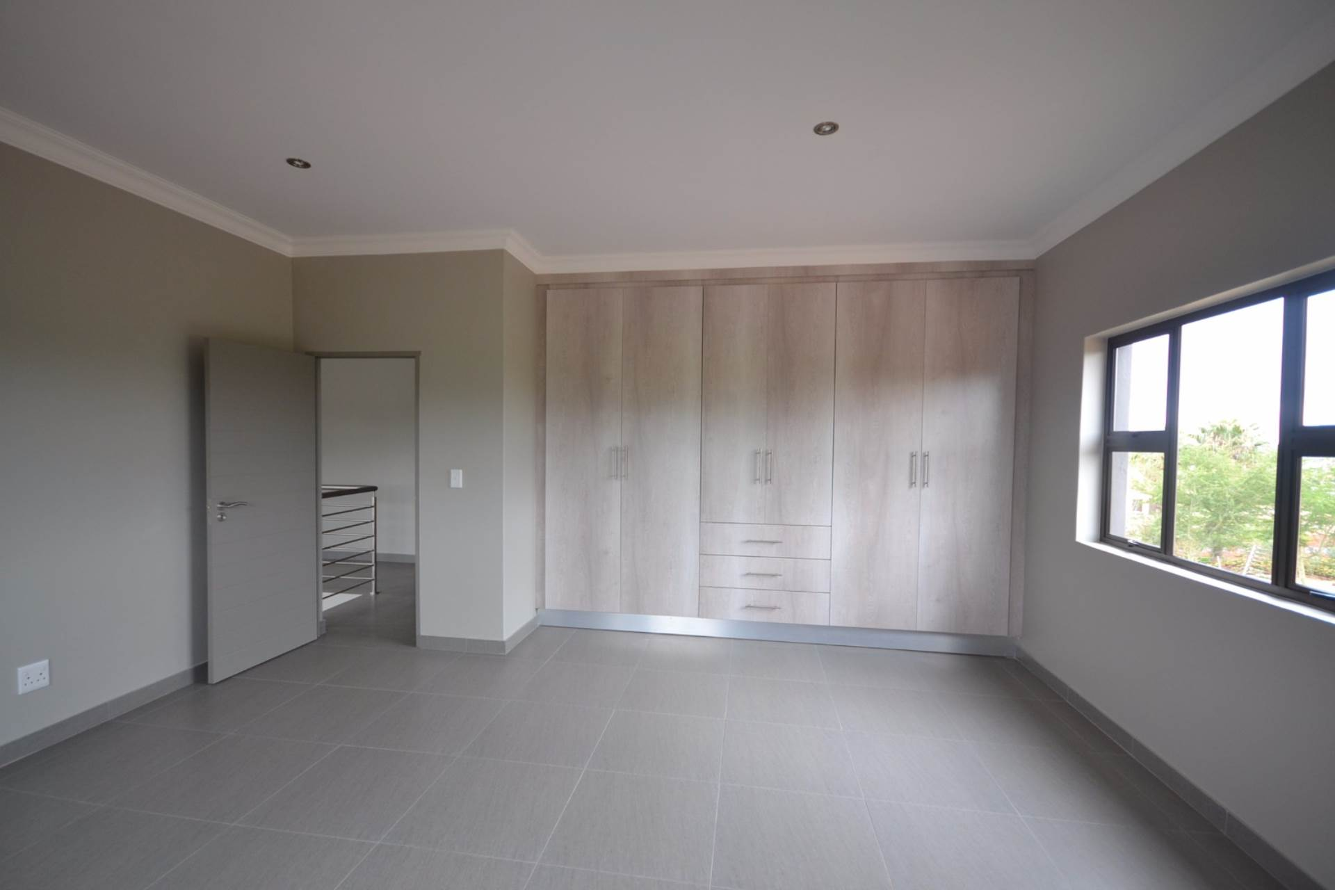 Olympus property for sale. Ref No: 13563411. Picture no 11