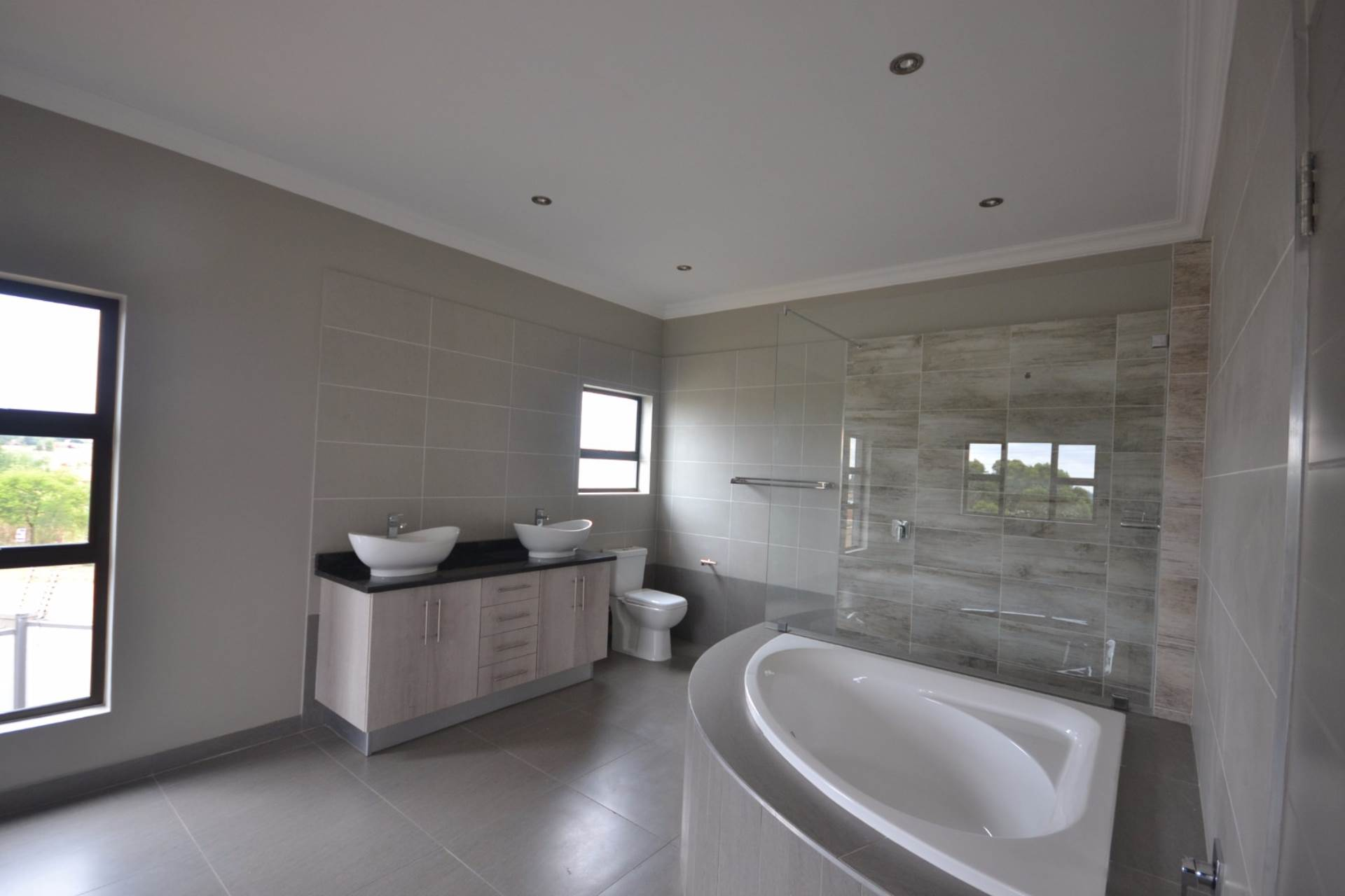 Olympus property for sale. Ref No: 13563411. Picture no 13