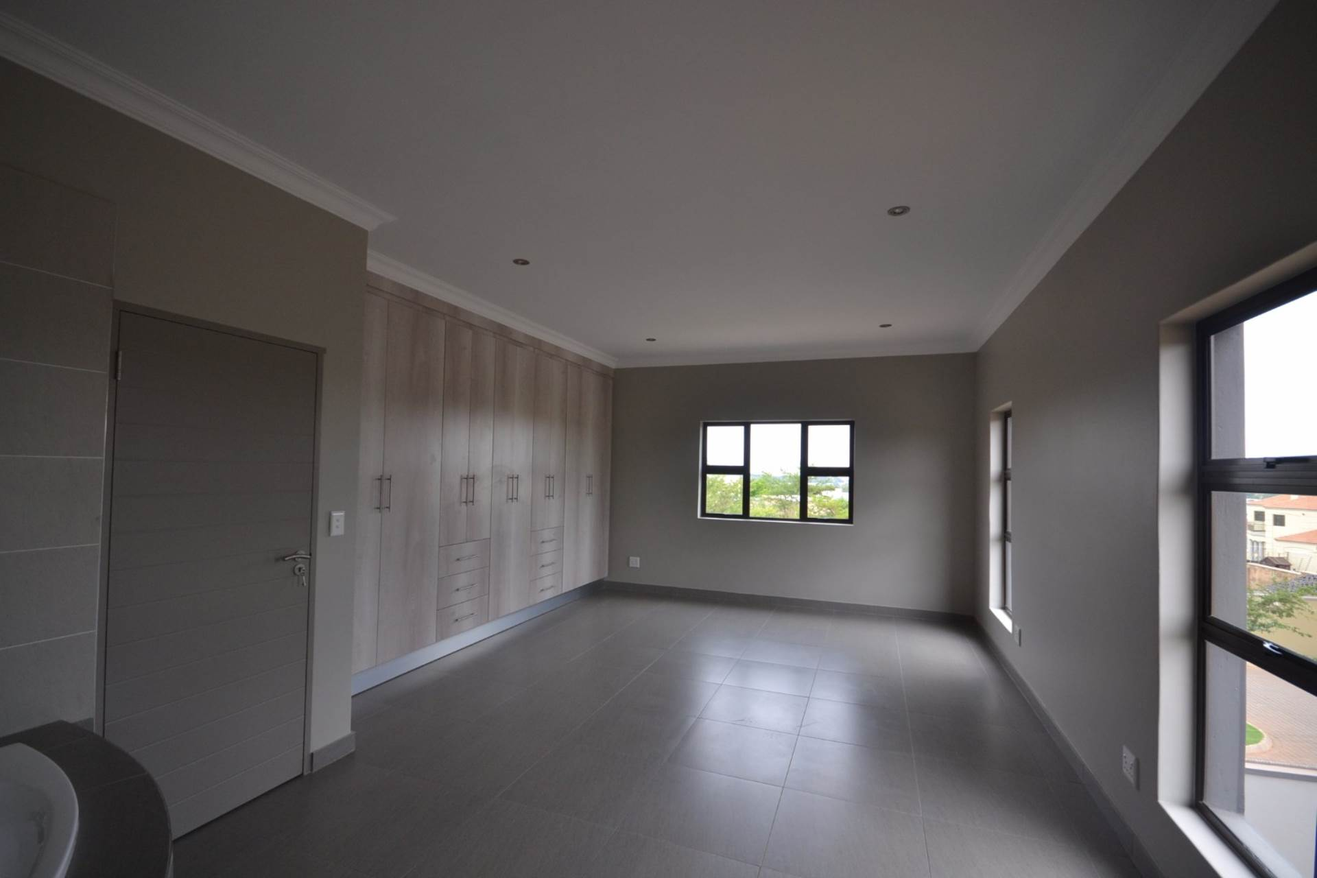Olympus property for sale. Ref No: 13563411. Picture no 14