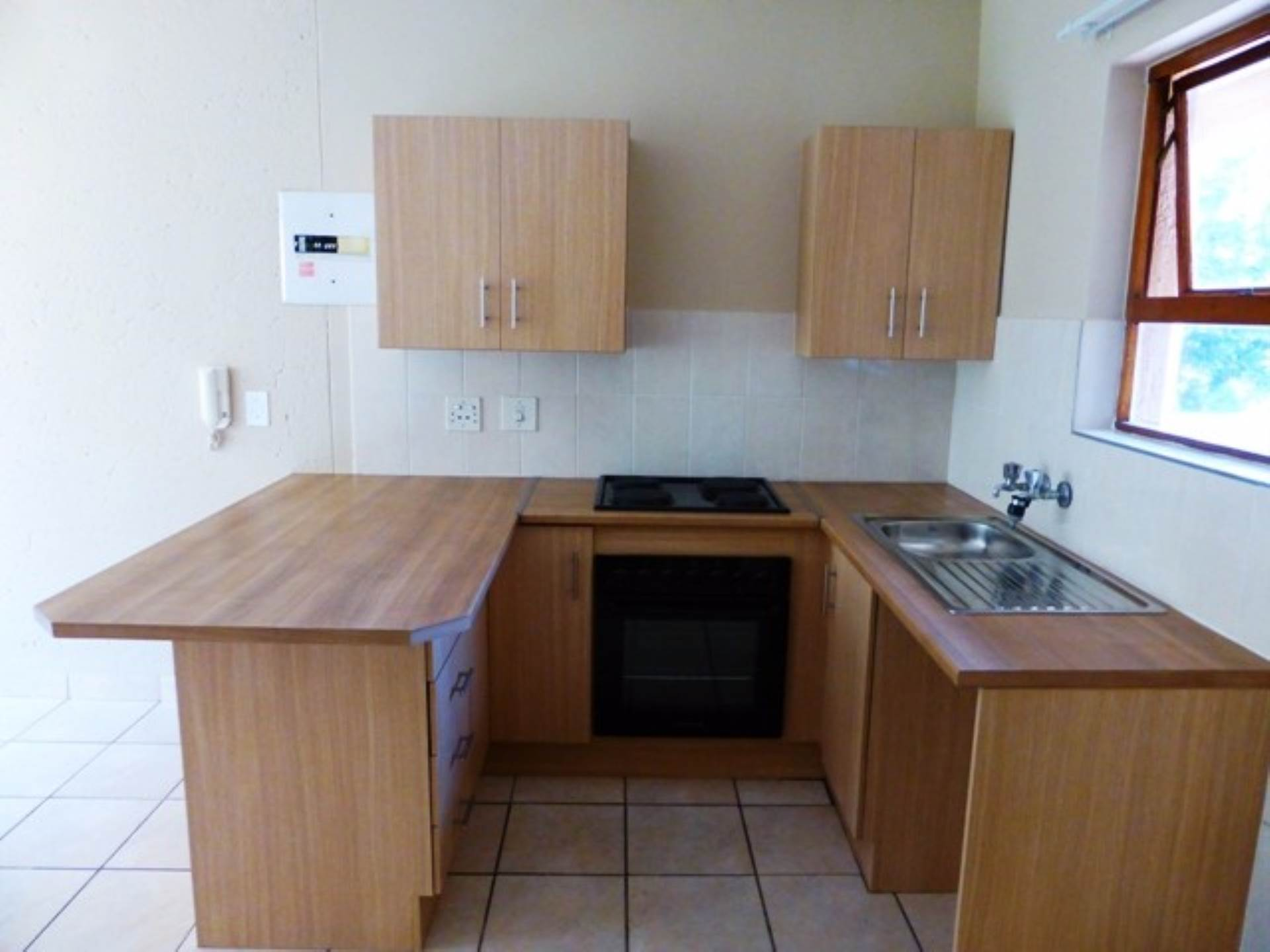 Hatfield property for sale. Ref No: 13563476. Picture no 4