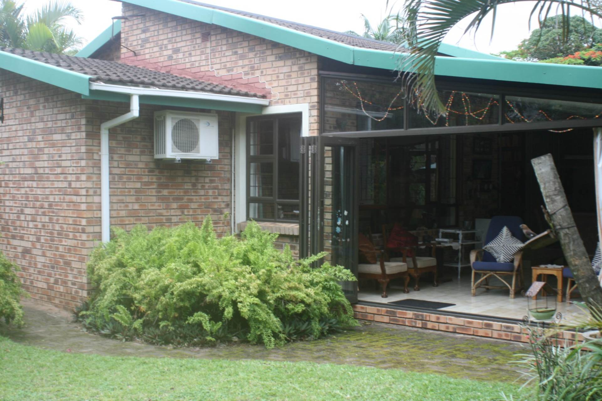 4 BedroomTownhouse For Sale In St Lucia