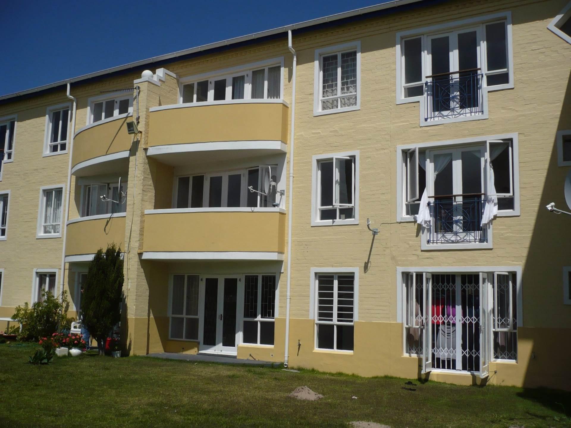 2 BedroomFlat Pending Sale In Noordhoek