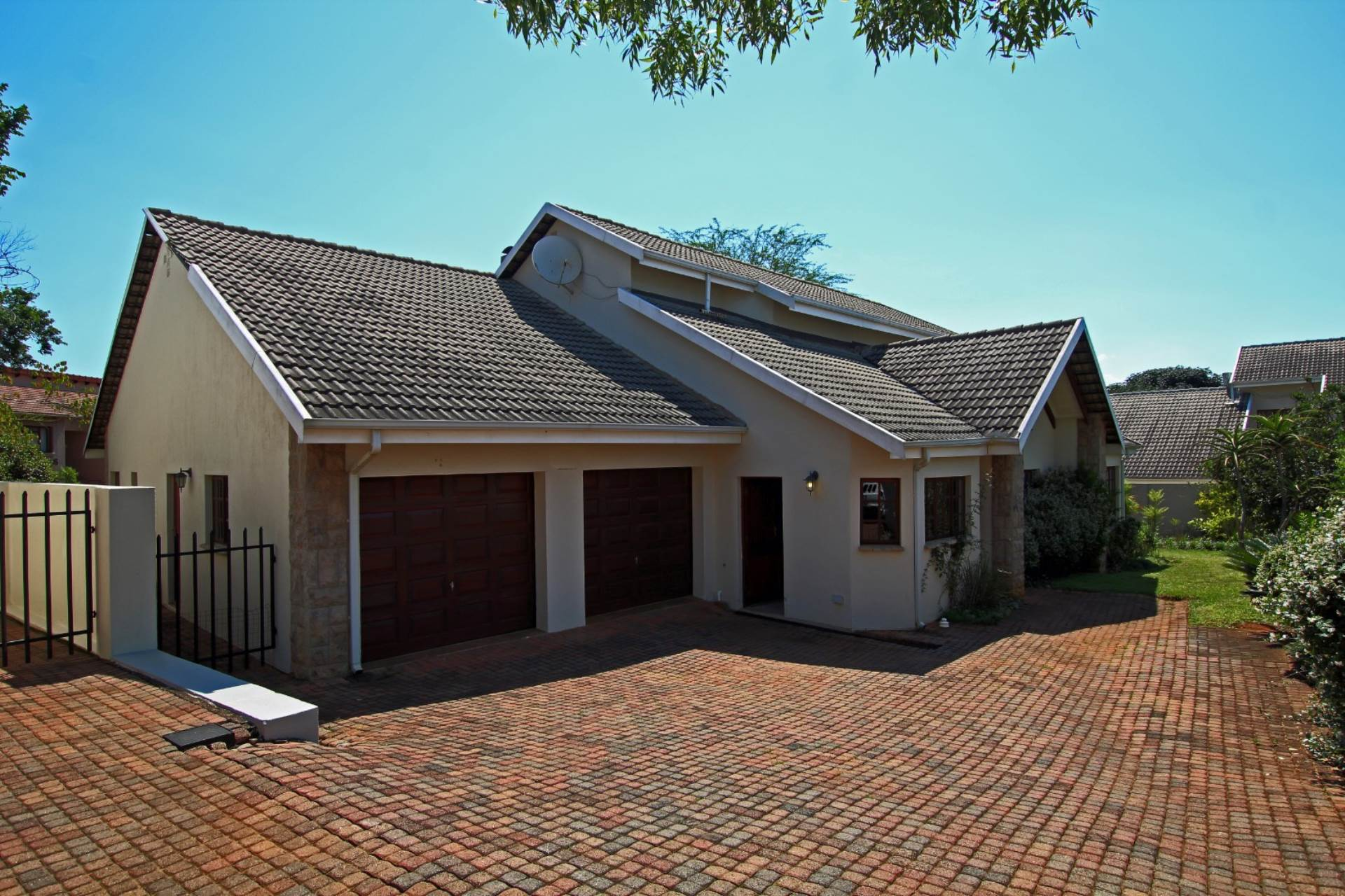 4 BedroomHouse For Sale In White River Ext 18