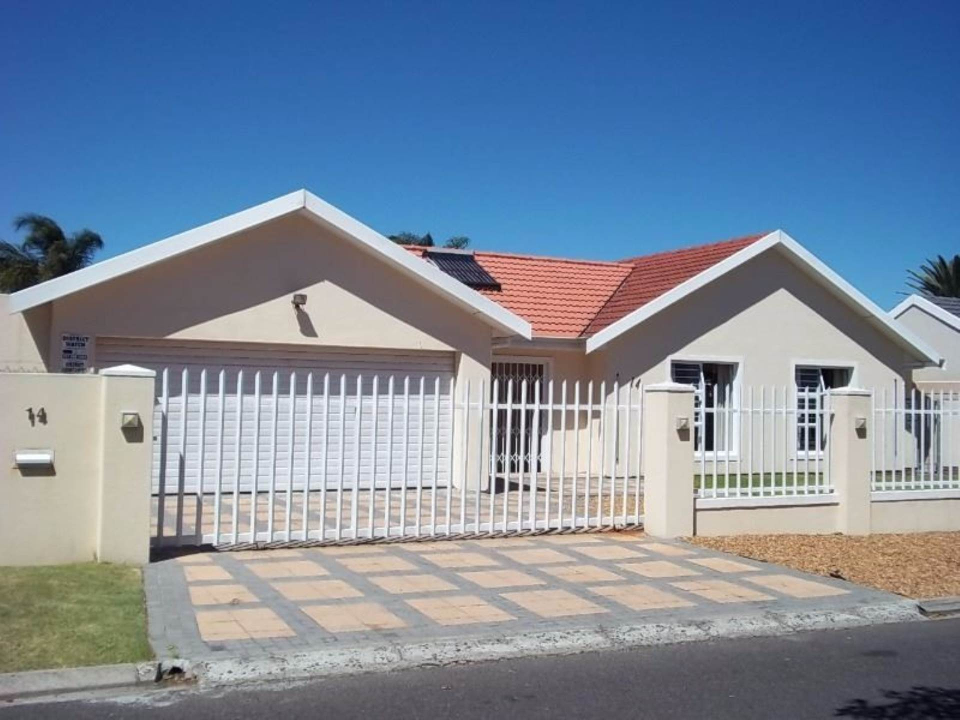 3 BedroomHouse For Sale In Panorama