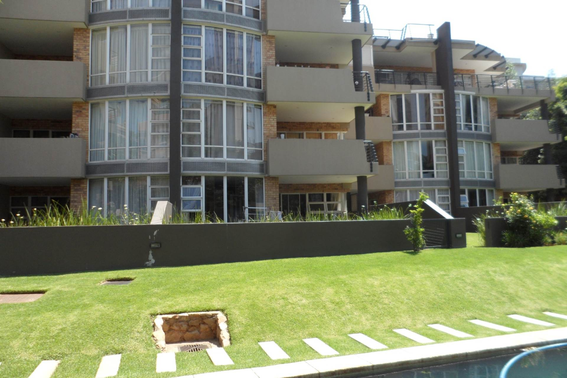 2 BedroomApartment To Rent In Morningside