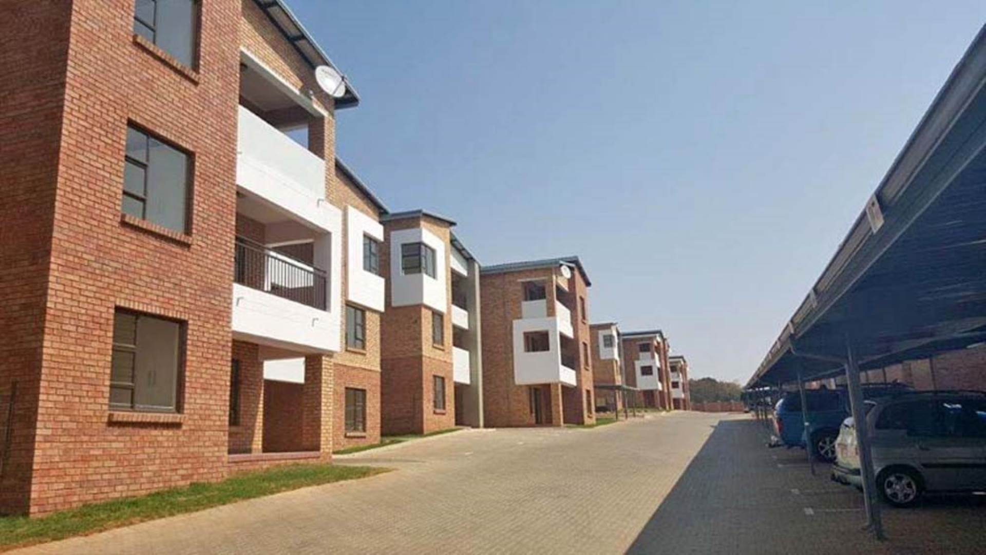 2 BedroomApartment To Rent In North Riding