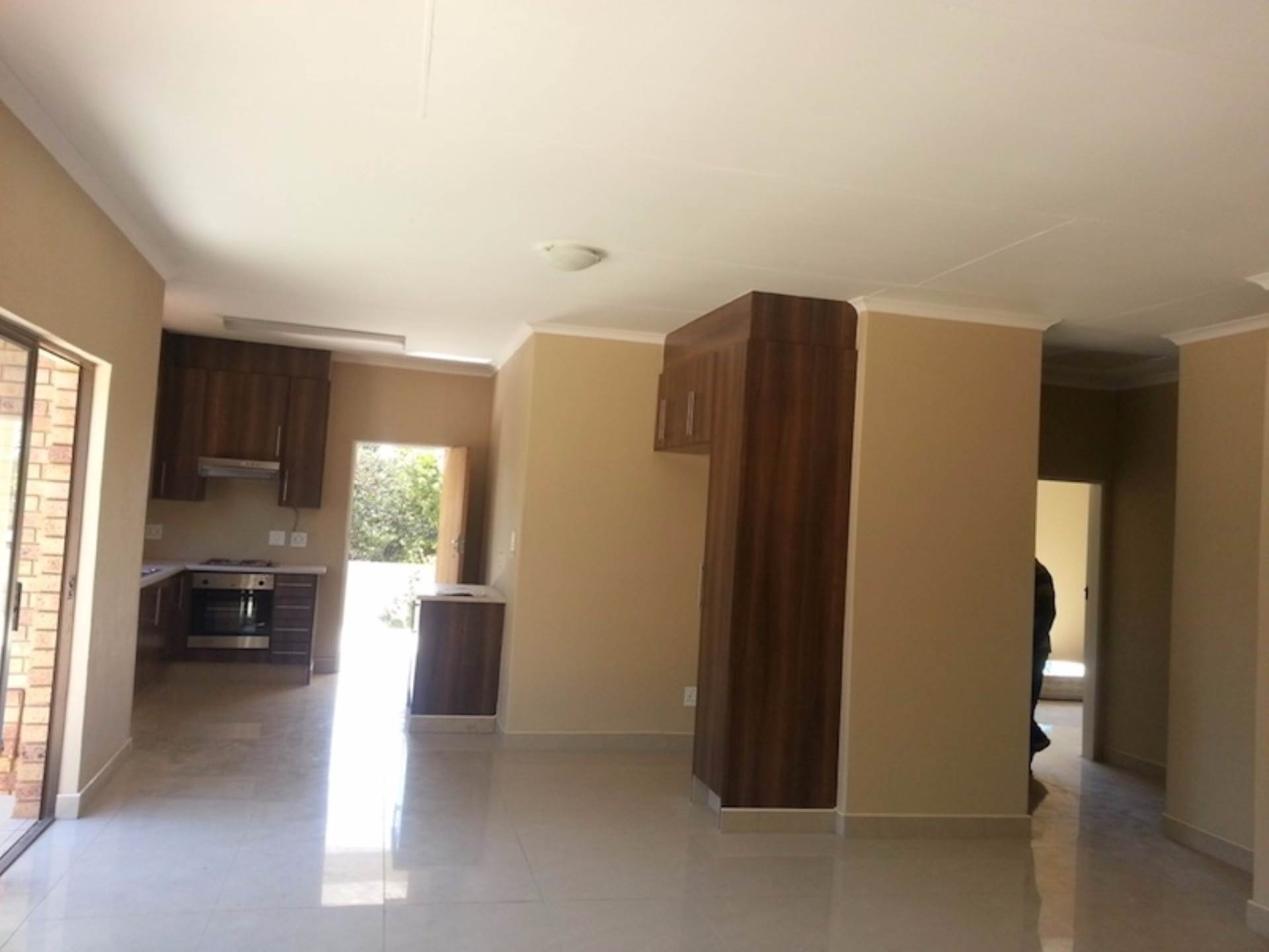 3 BedroomHouse To Rent In Hurlyvale
