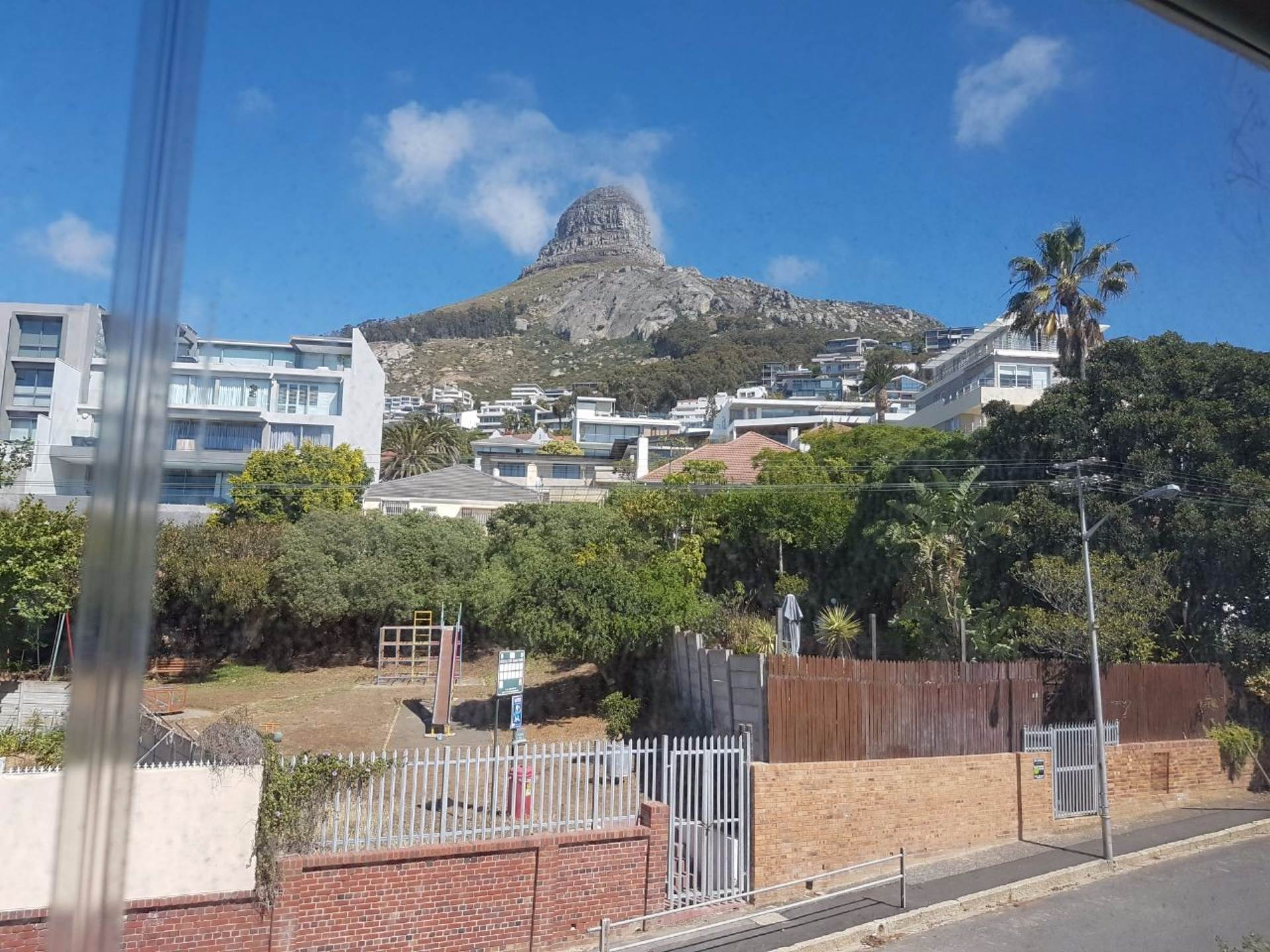 Bantry Bay property to rent. Ref No: 13565551. Picture no 4