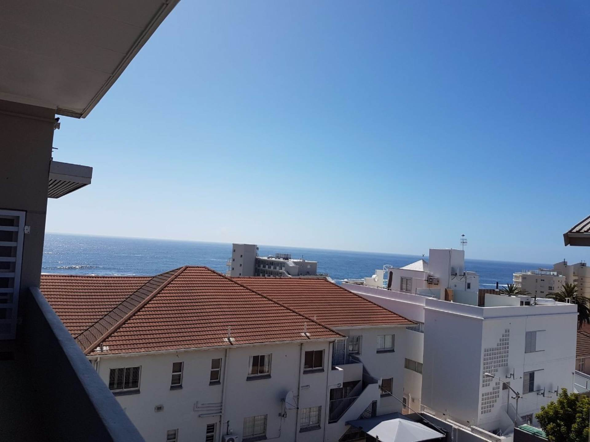 Bantry Bay property to rent. Ref No: 13565551. Picture no 1