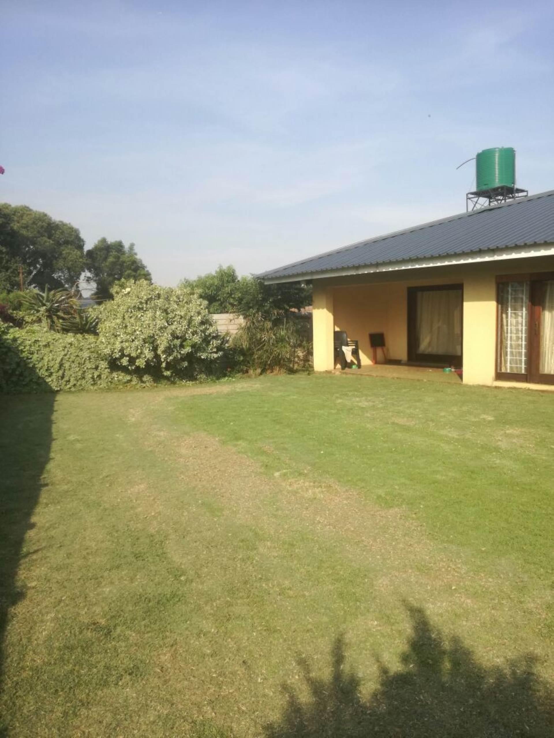 3 BedroomHouse To Rent In Cloverdene