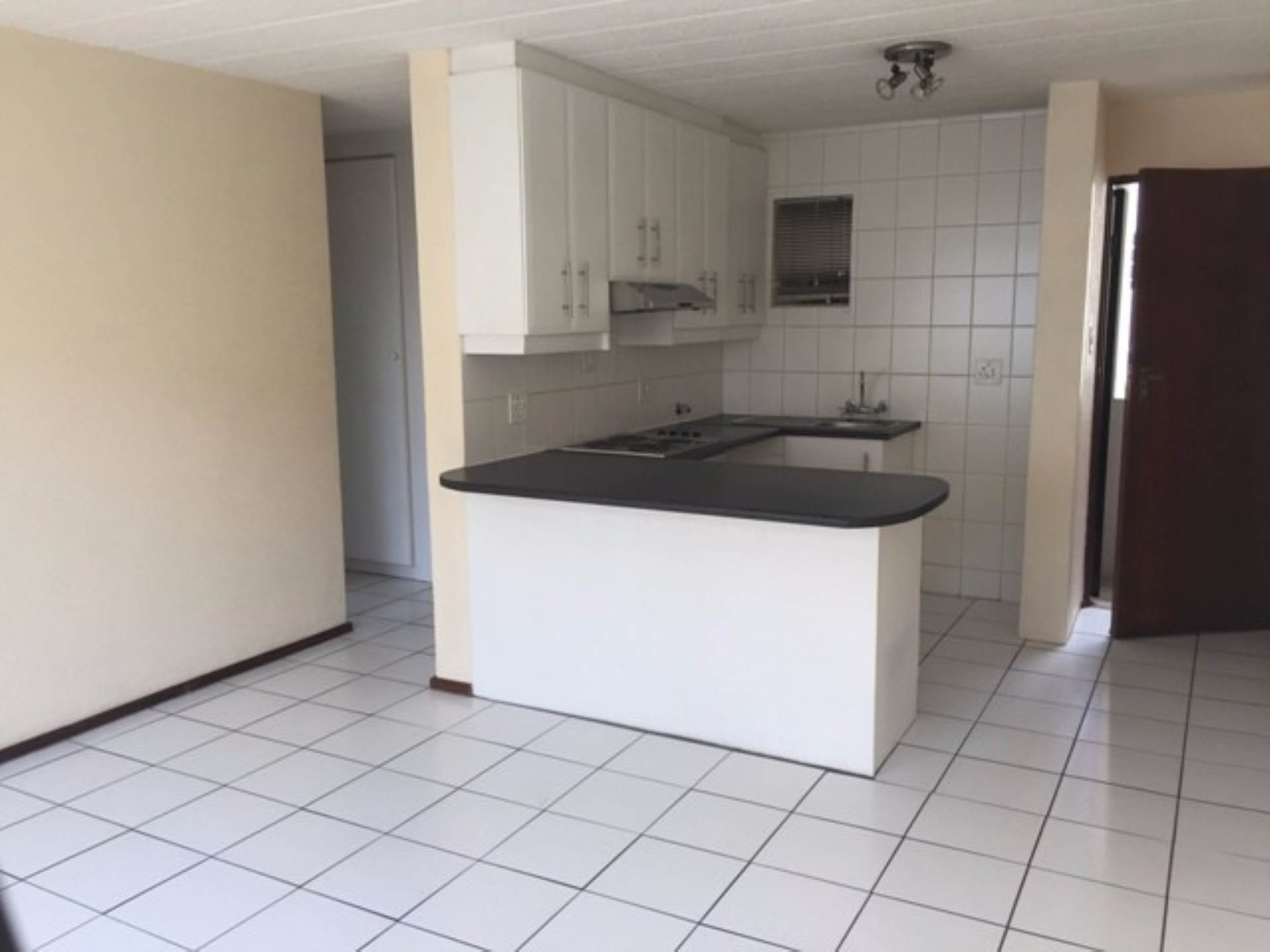 Groenkloof property to rent. Ref No: 13566058. Picture no 7