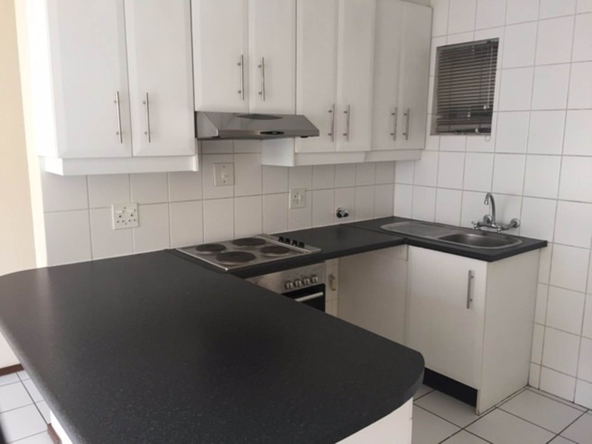 Groenkloof property to rent. Ref No: 13566058. Picture no 8