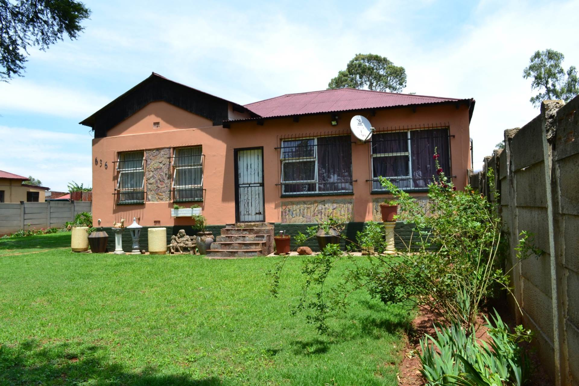 3 BedroomHouse For Sale In Aston Lake