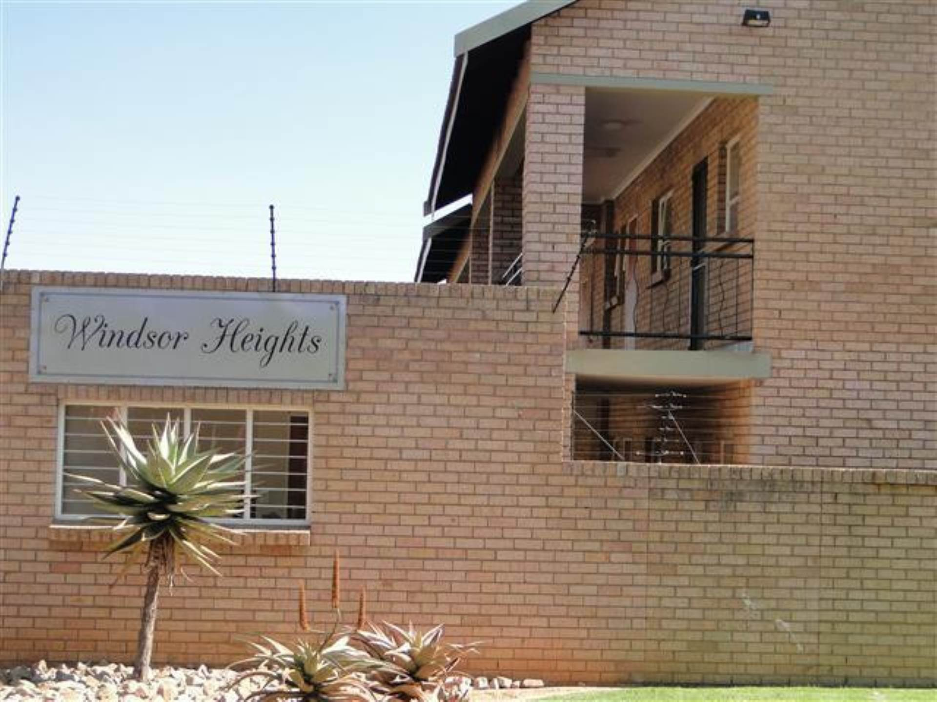 2 BedroomFlat To Rent In Witbank Ext 5