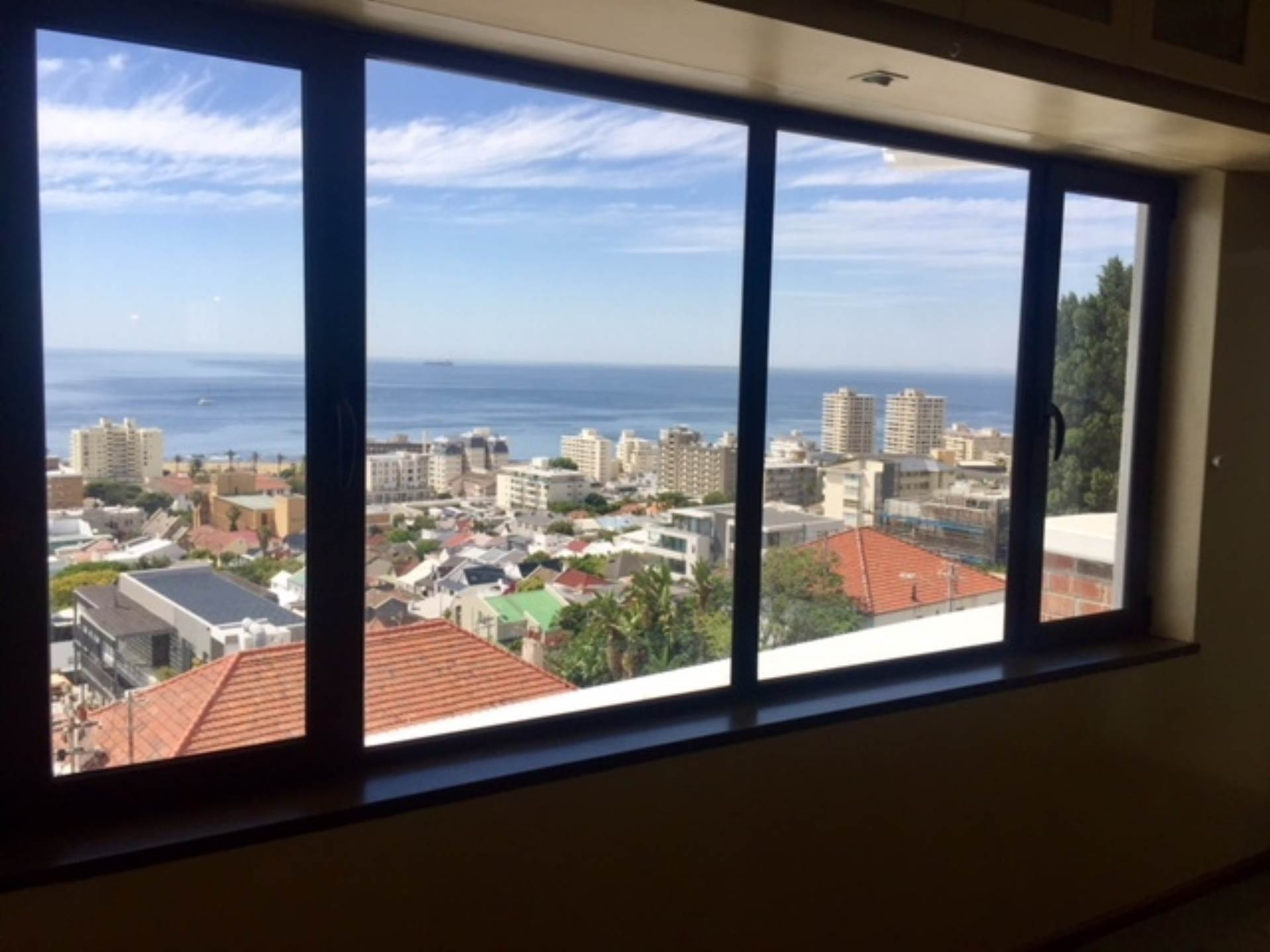 Sea Point property for sale. Ref No: 13475610. Picture no 1