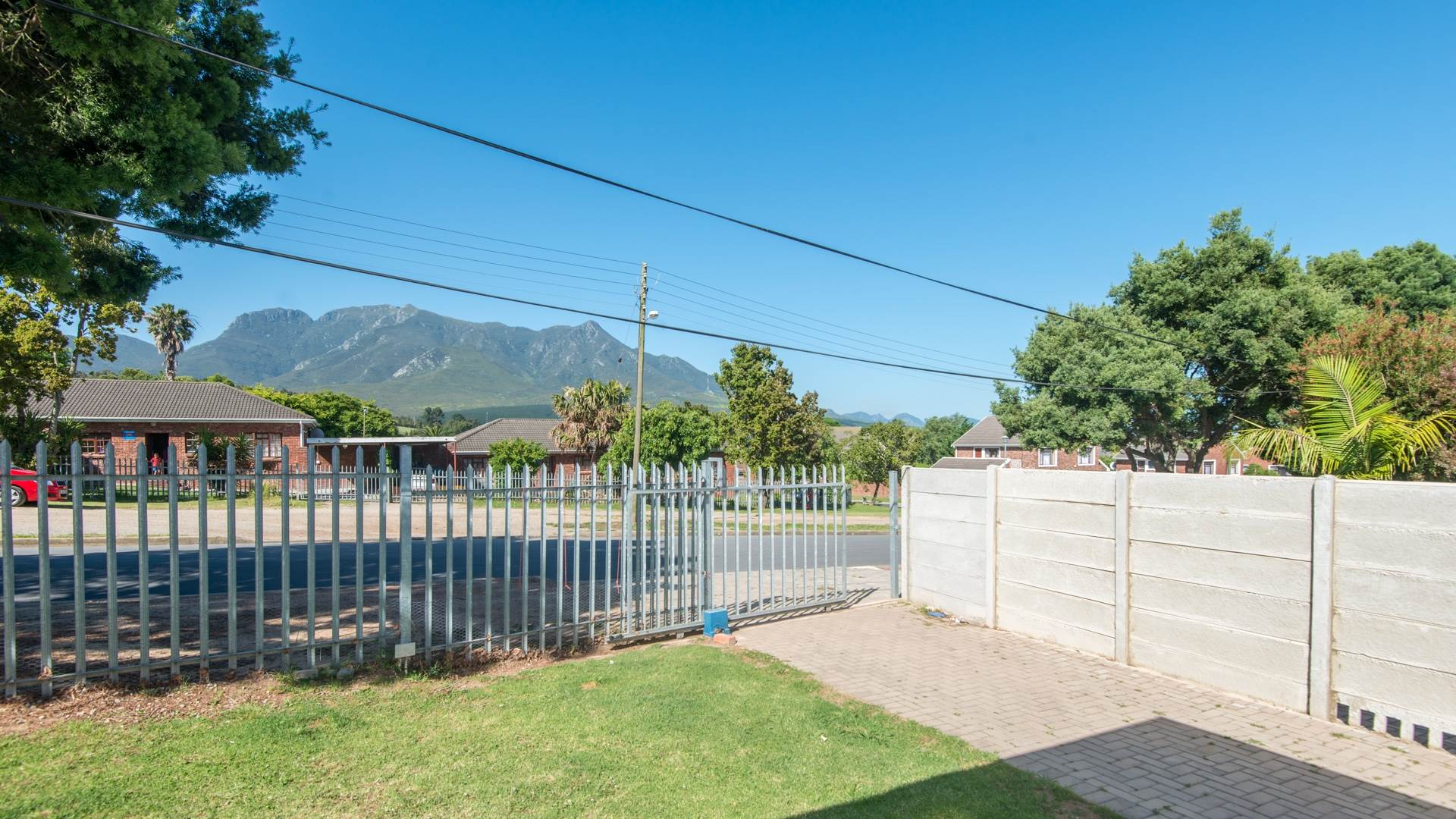 2 BedroomHouse For Sale In Blanco