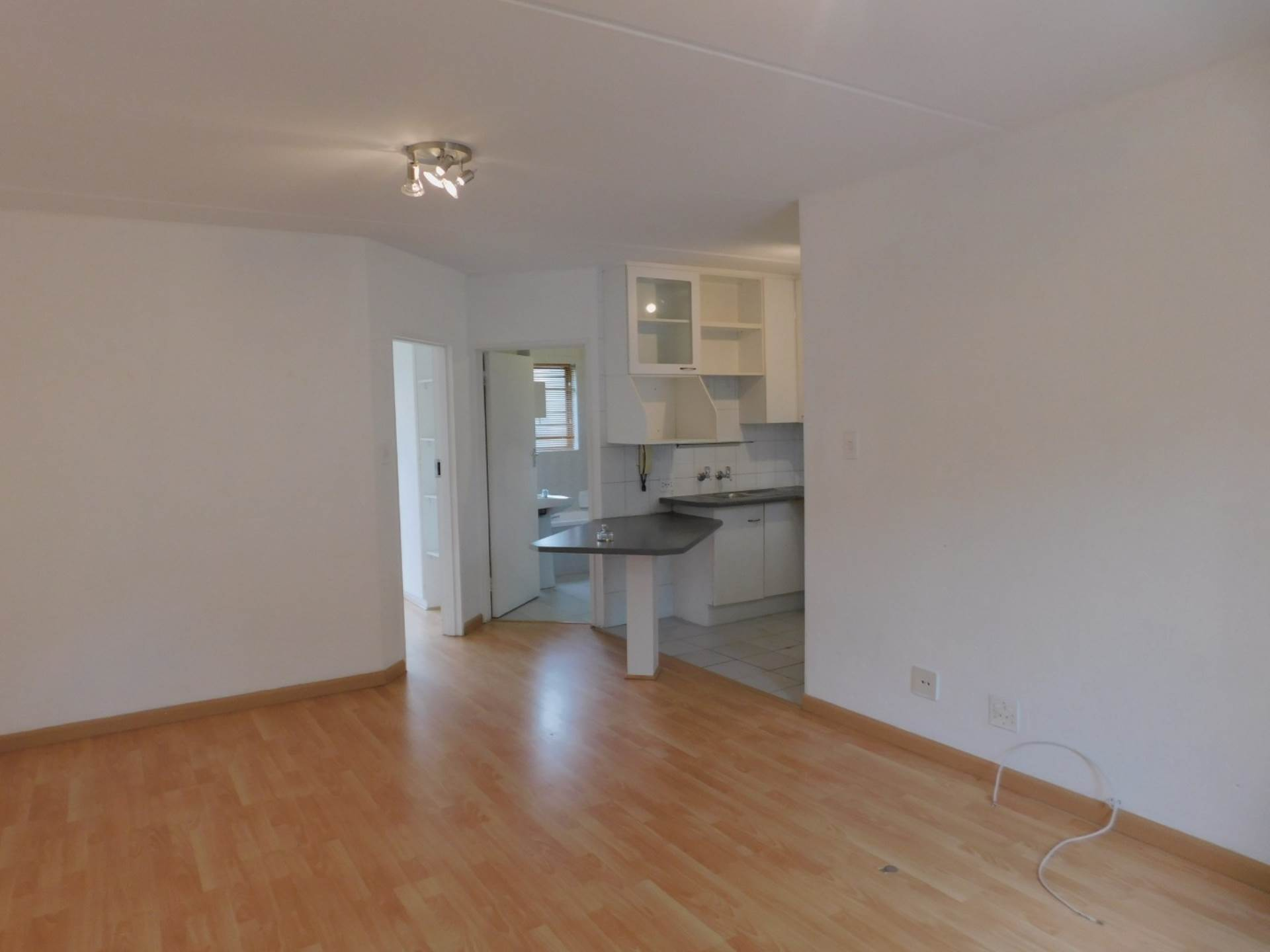 1 BedroomApartment To Rent In Melrose