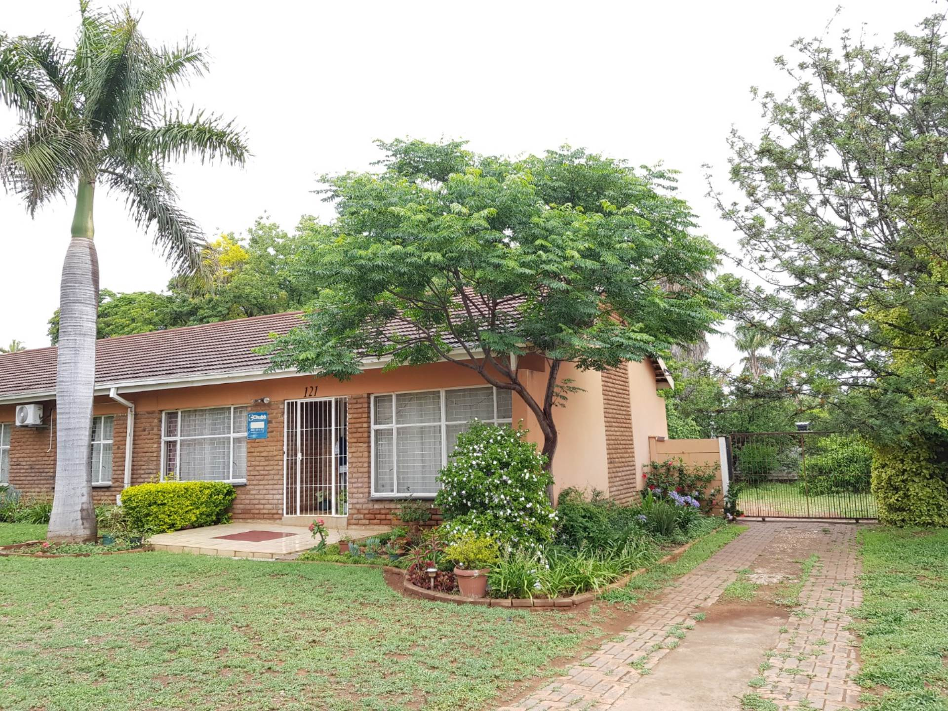 3 BedroomHouse For Sale In Fauna Park