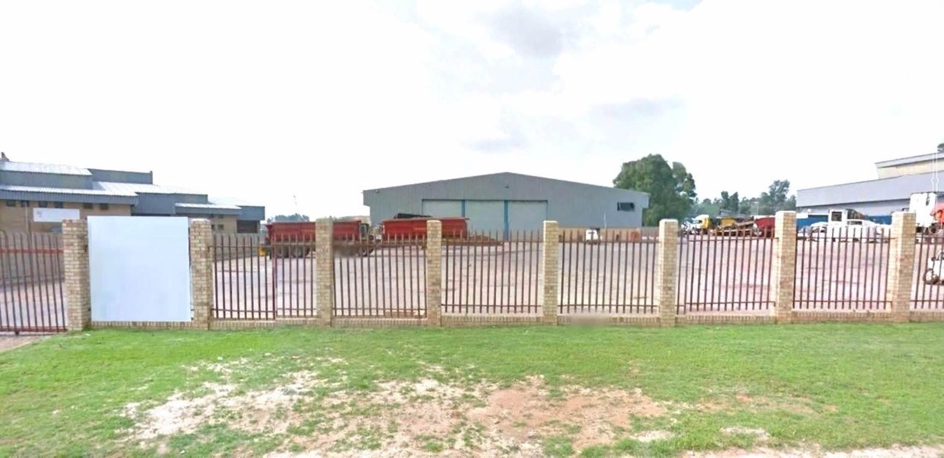 Industrial To Rent In Driehoek