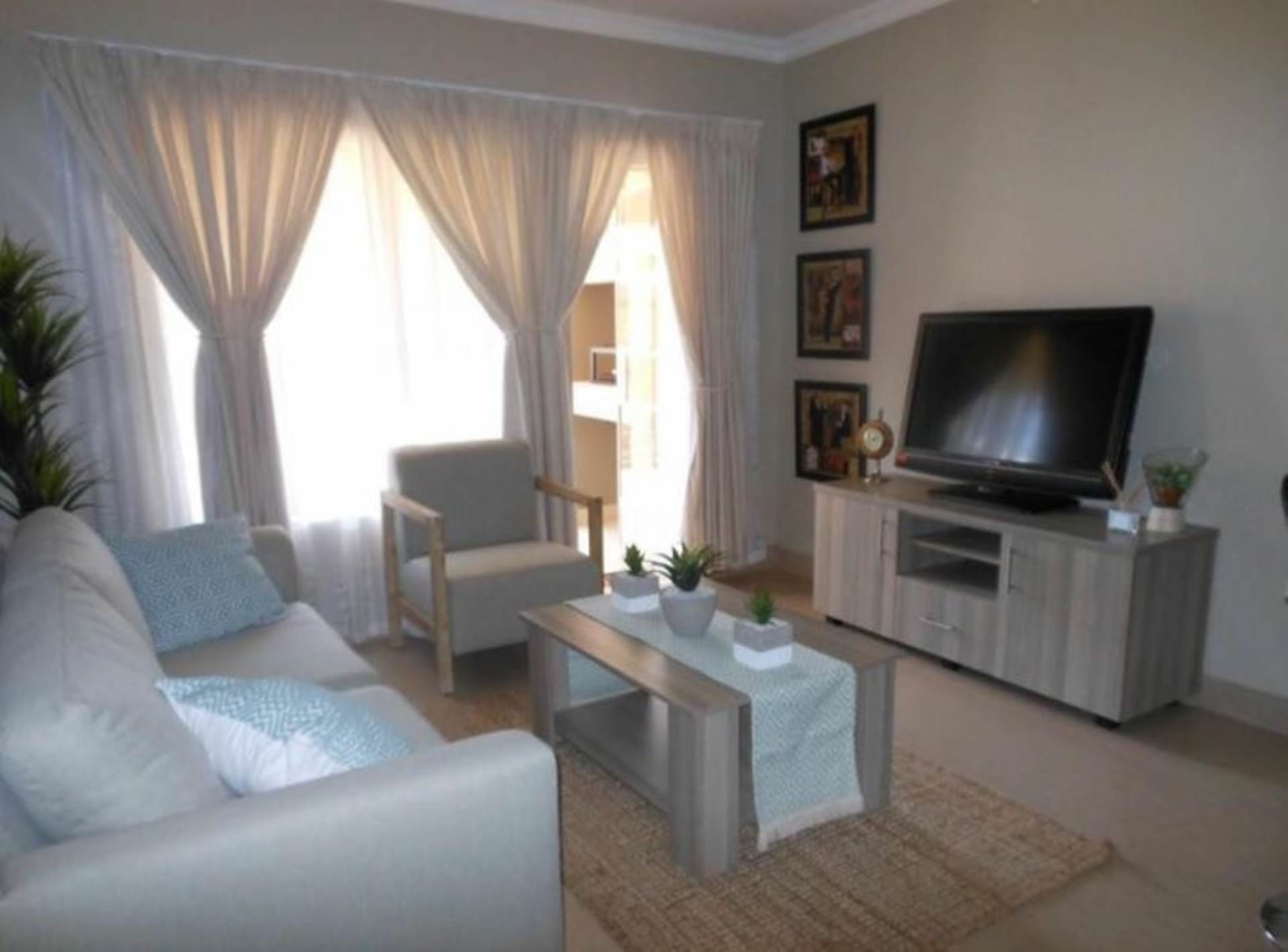 Property and Houses for sale in Andeon, Townhouse, 2 Bedrooms - ZAR 639,000