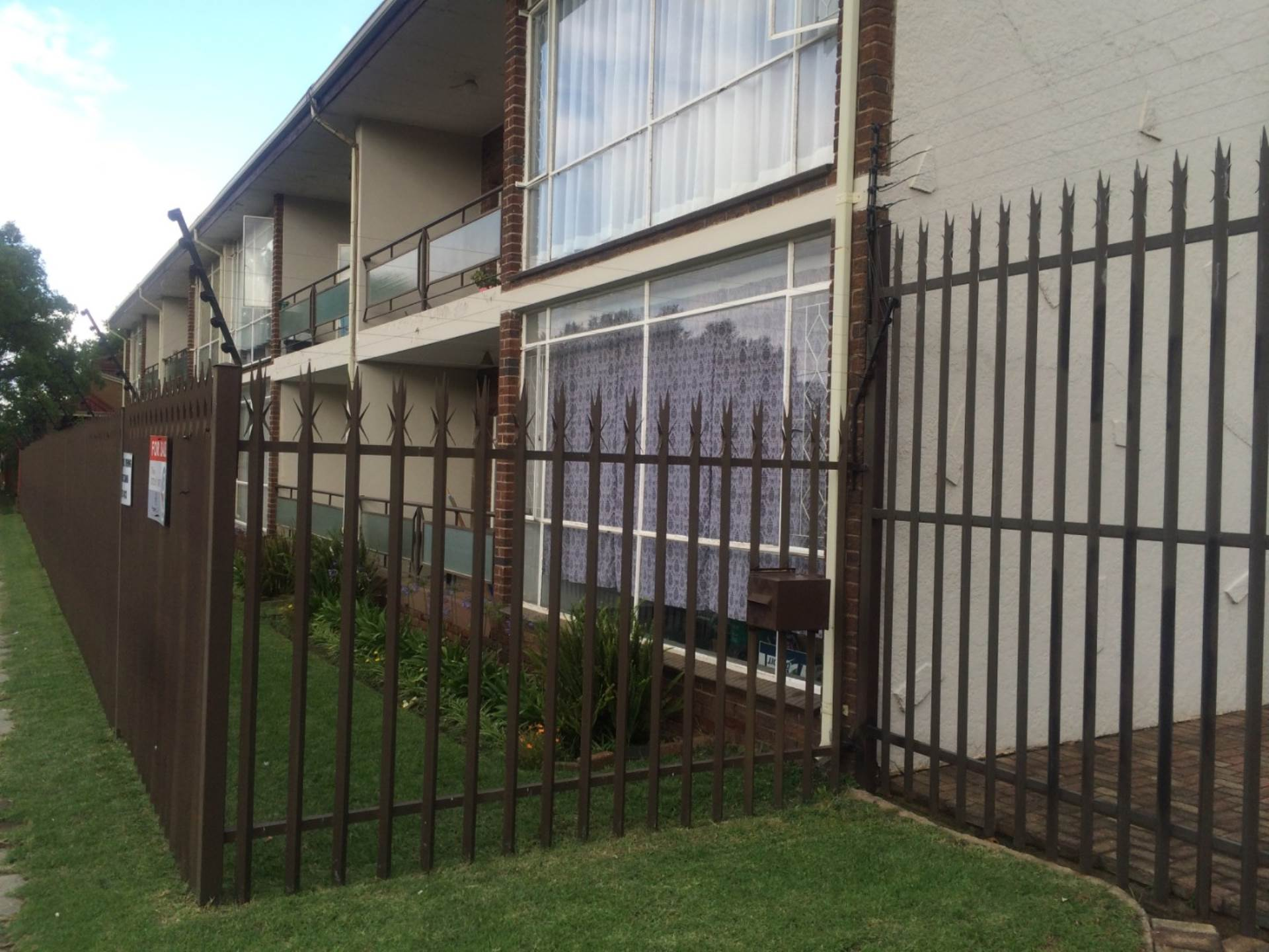 1 BedroomFlat For Sale In Benoni Central