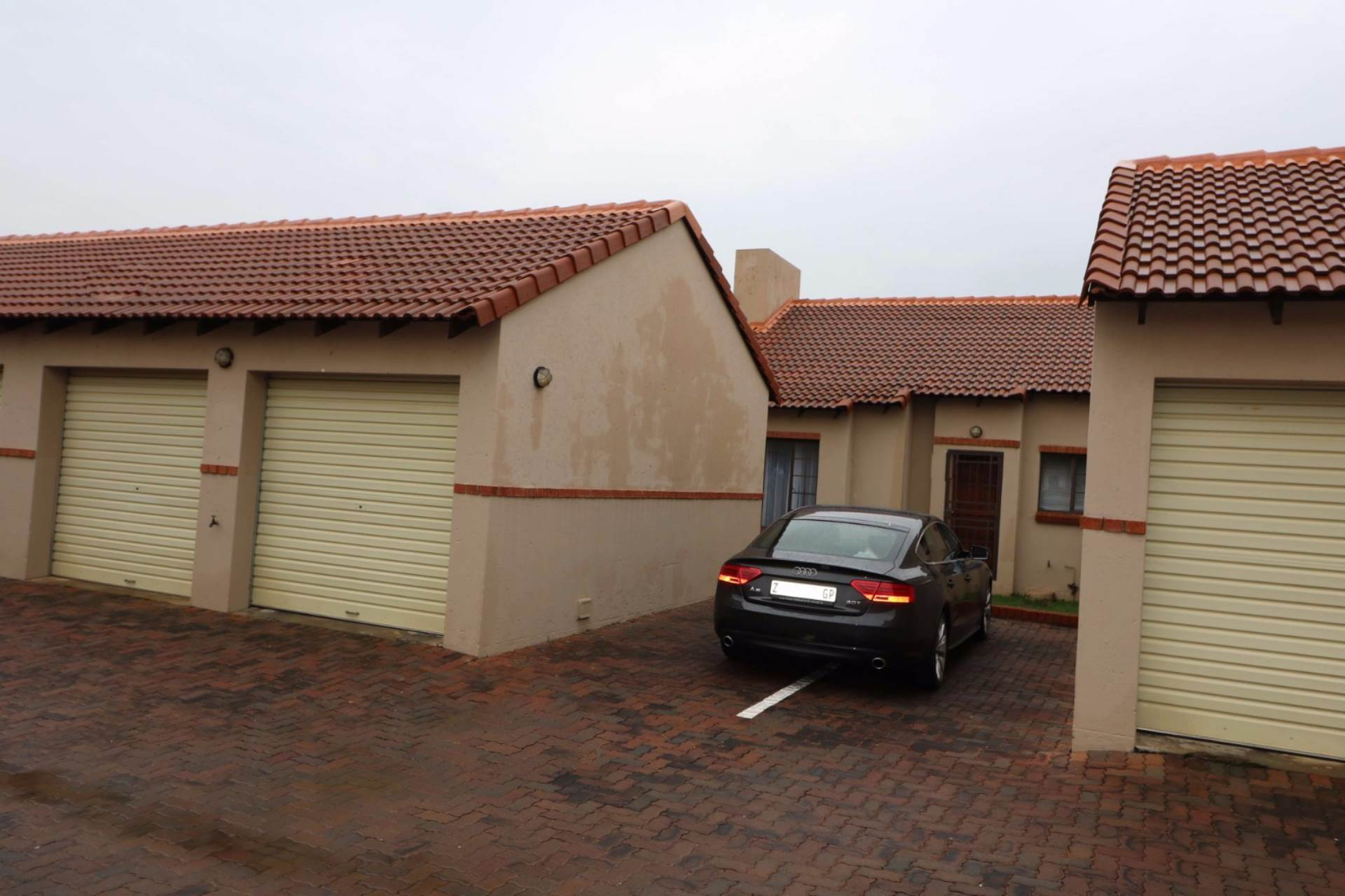 Mooikloof Ridge property for sale. Ref No: 13567816. Picture no 7
