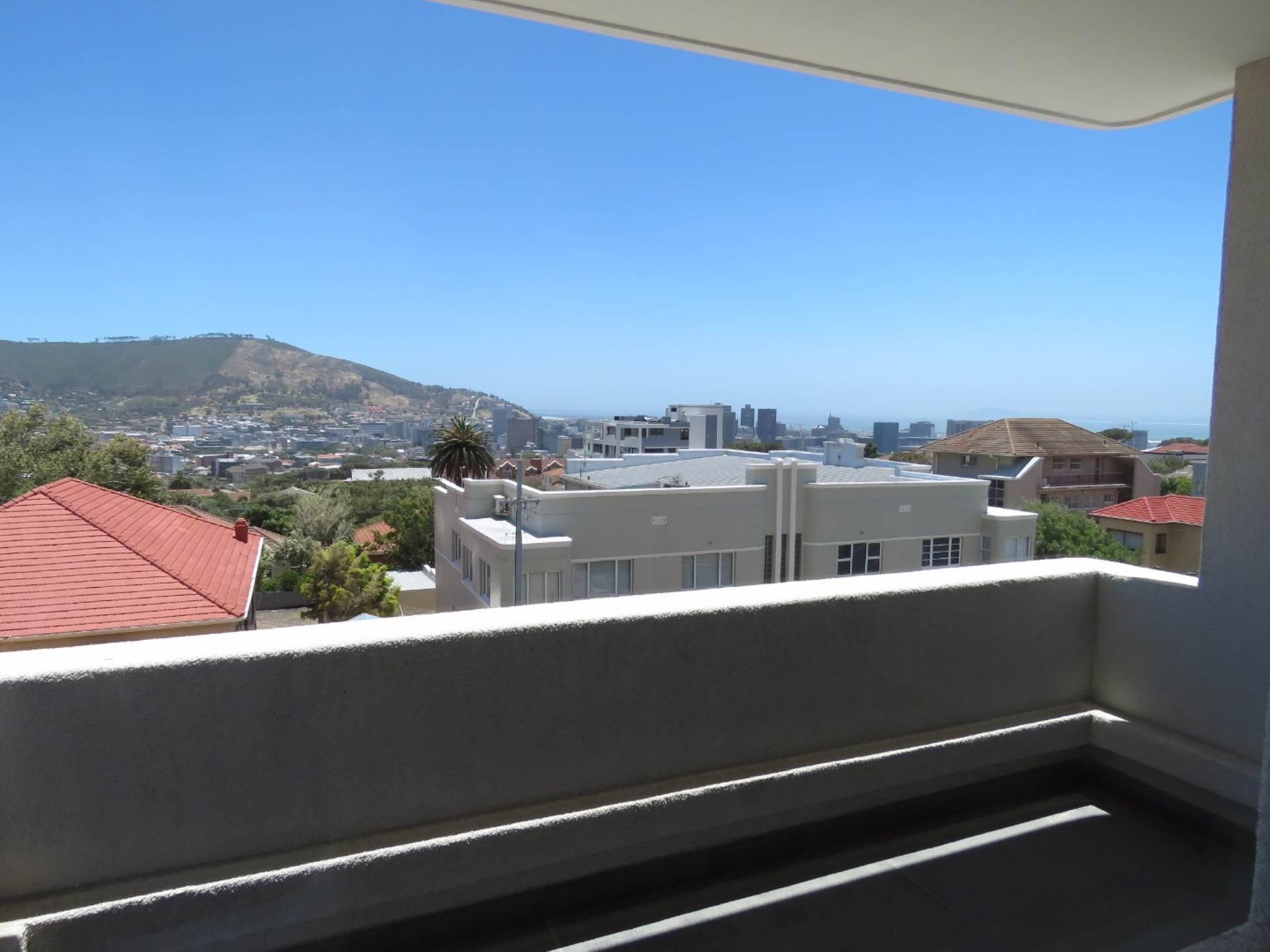 Vredehoek property to rent. Ref No: 13567965. Picture no 12