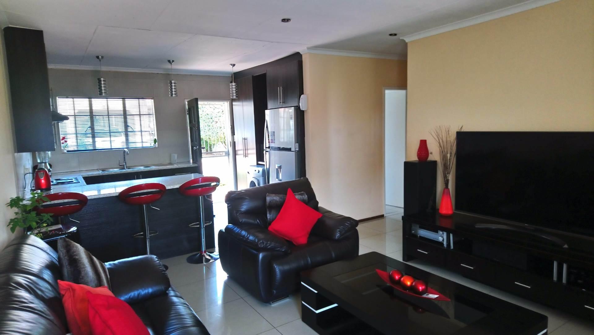 3 BedroomTownhouse For Sale In Norkem Park